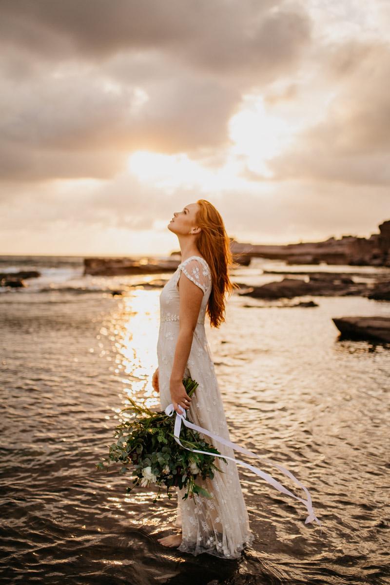 Jaimee_Bridal_Winter_Alana Taylor Photography-13.jpg