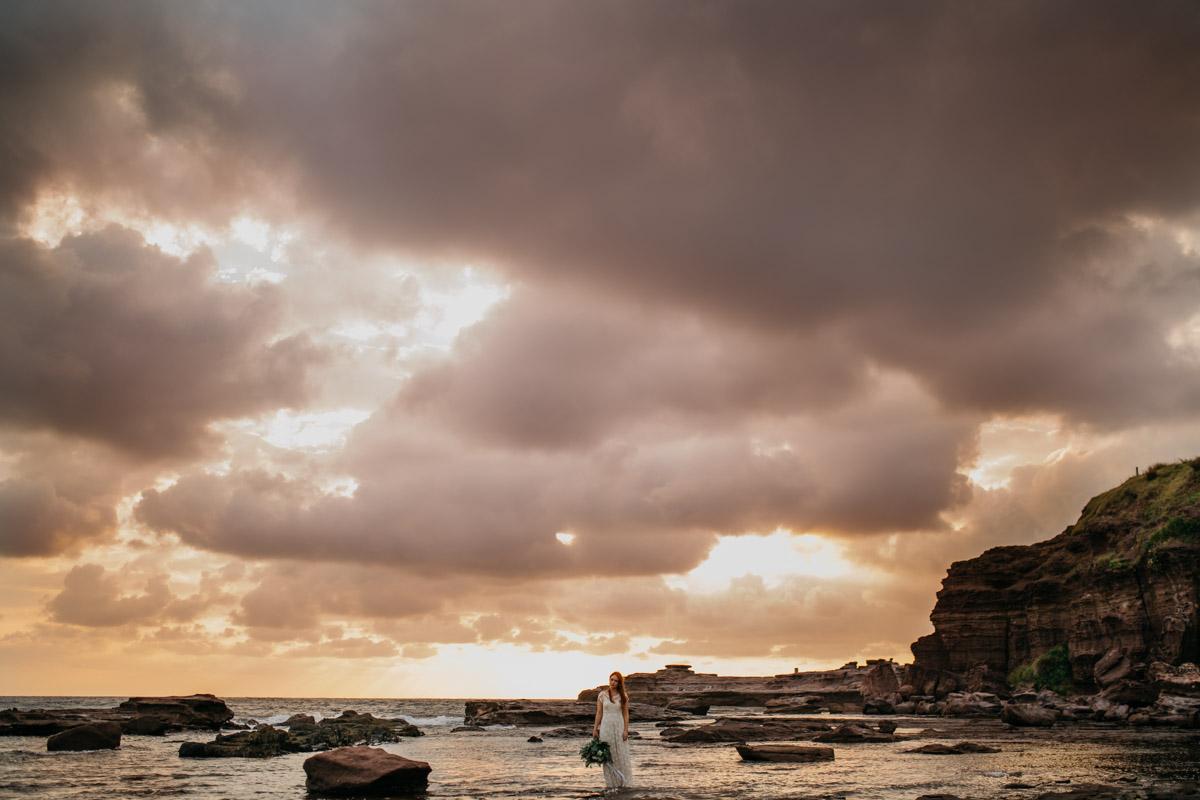 Jaimee_Bridal_Winter_Alana Taylor Photography-10.jpg