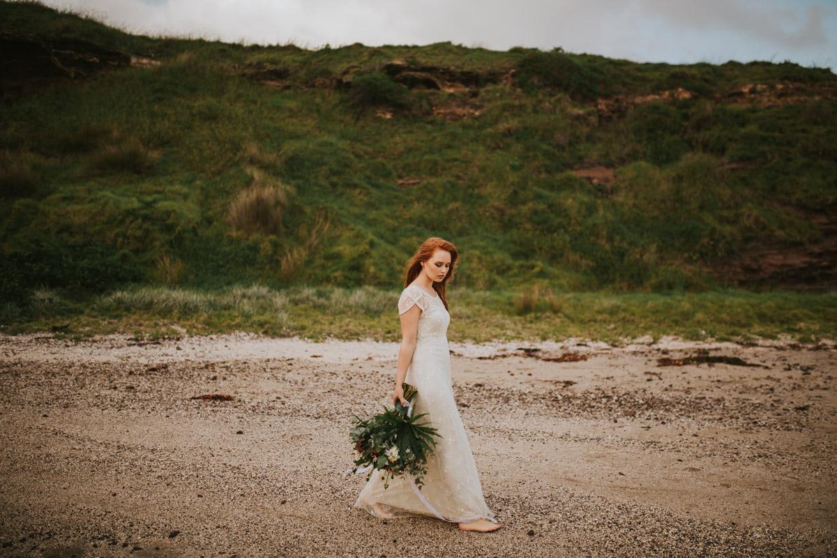 Jaimee_Bridal_Winter_Alana Taylor Photography-17.jpg