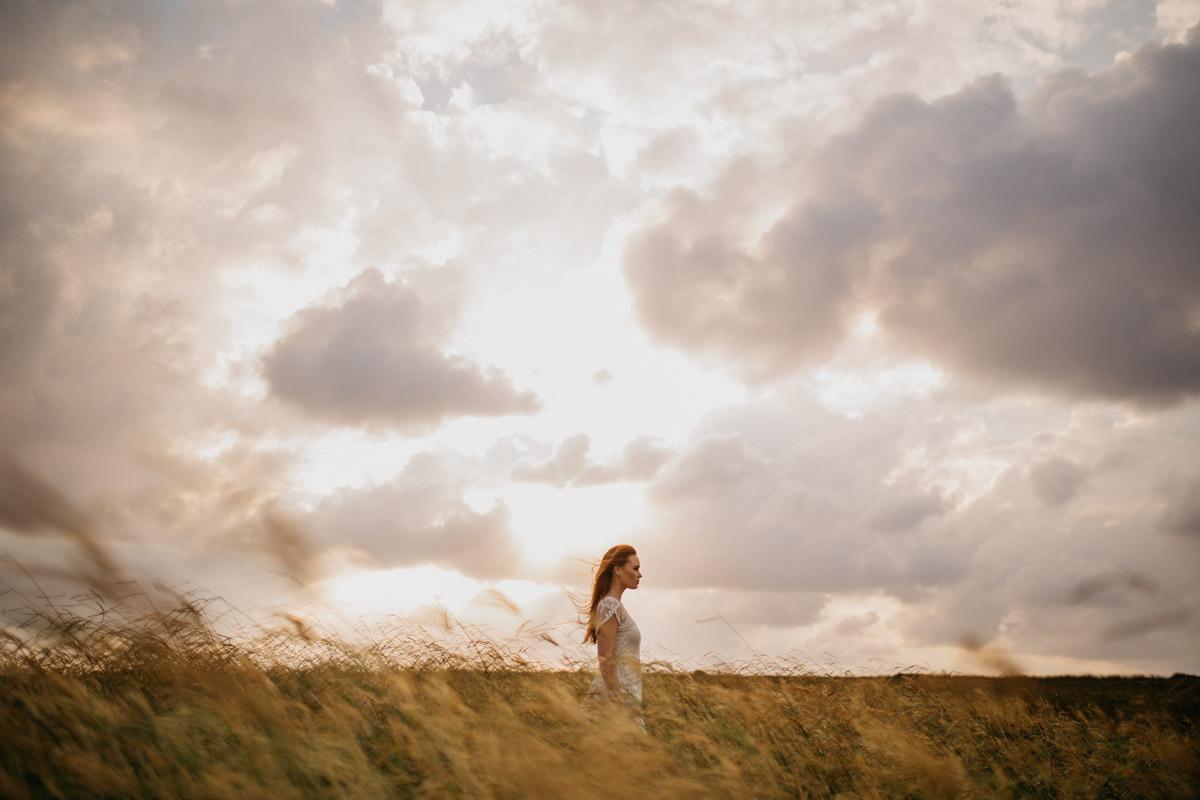 Jaimee_Bridal_Winter_Alana Taylor Photography-19.jpg