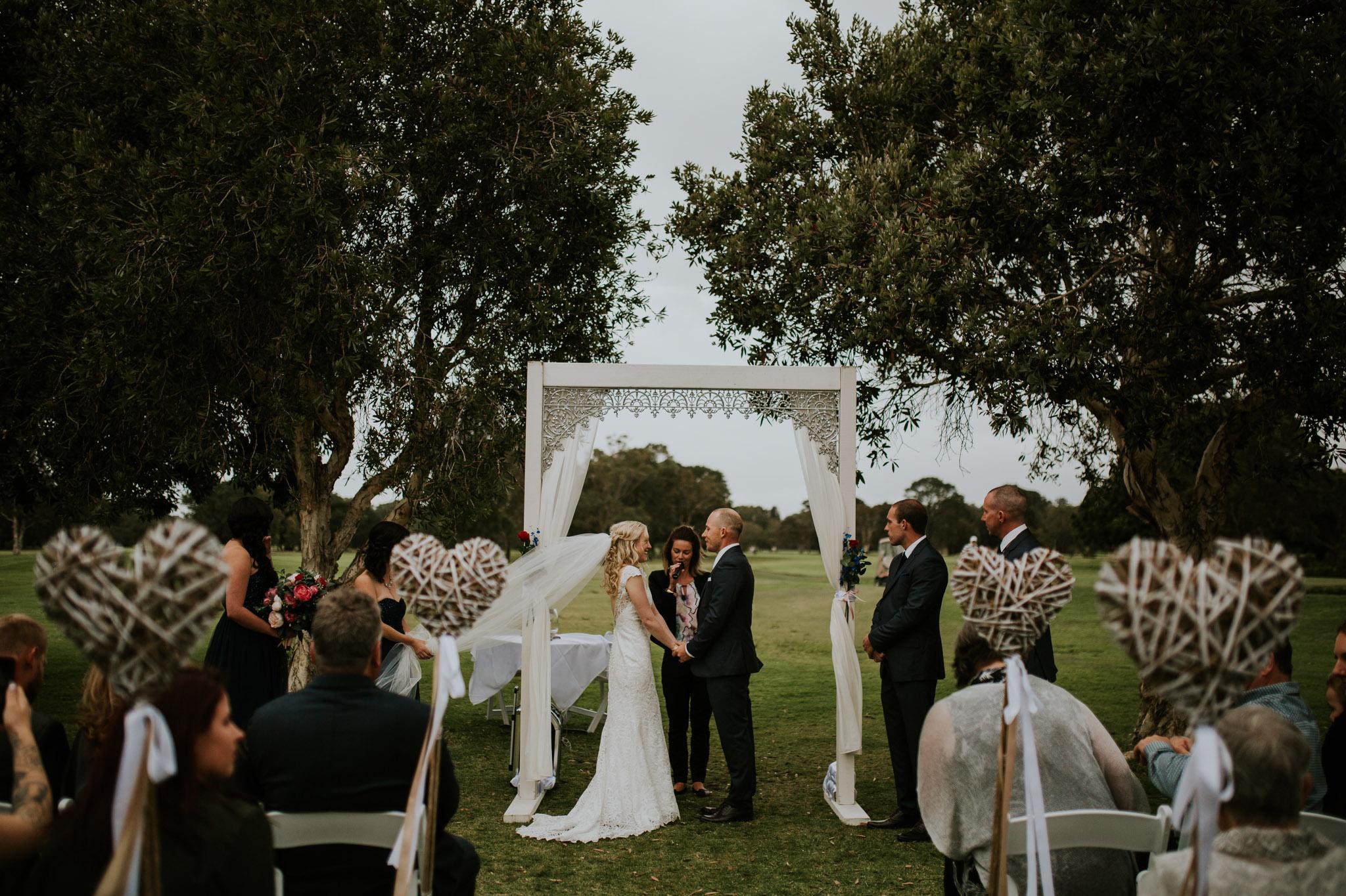 Shanan & Traci_Portkembla Golf Course Wedding-32.jpg