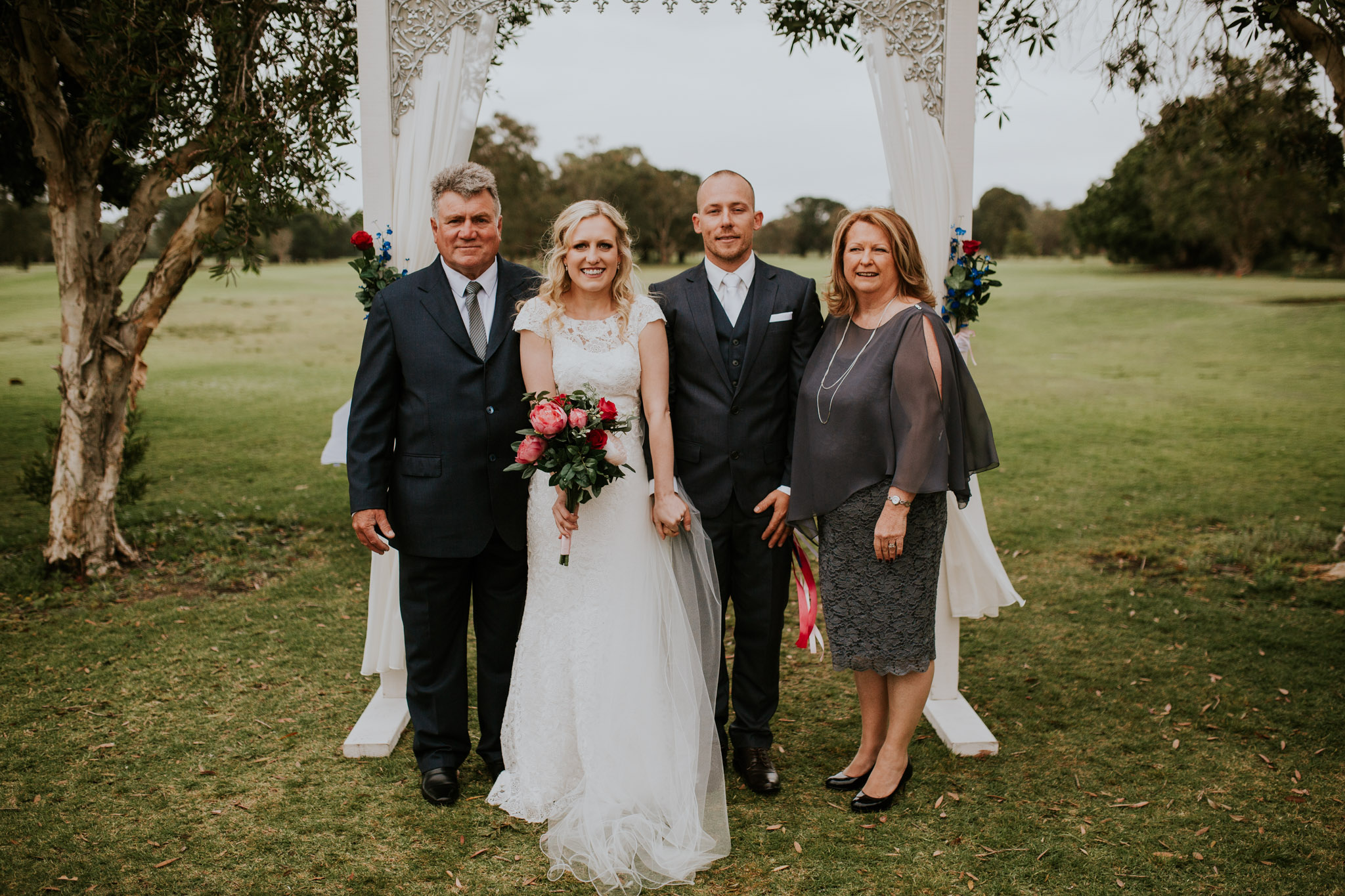 Shanan & Traci_Portkembla Golf Course Wedding-39.jpg