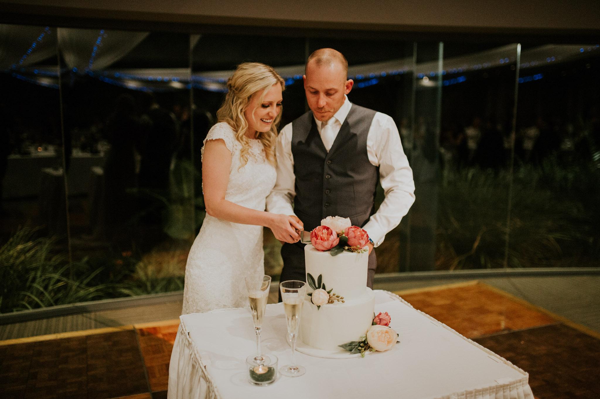 Shanan & Traci_Portkembla Golf Course Wedding-85.jpg