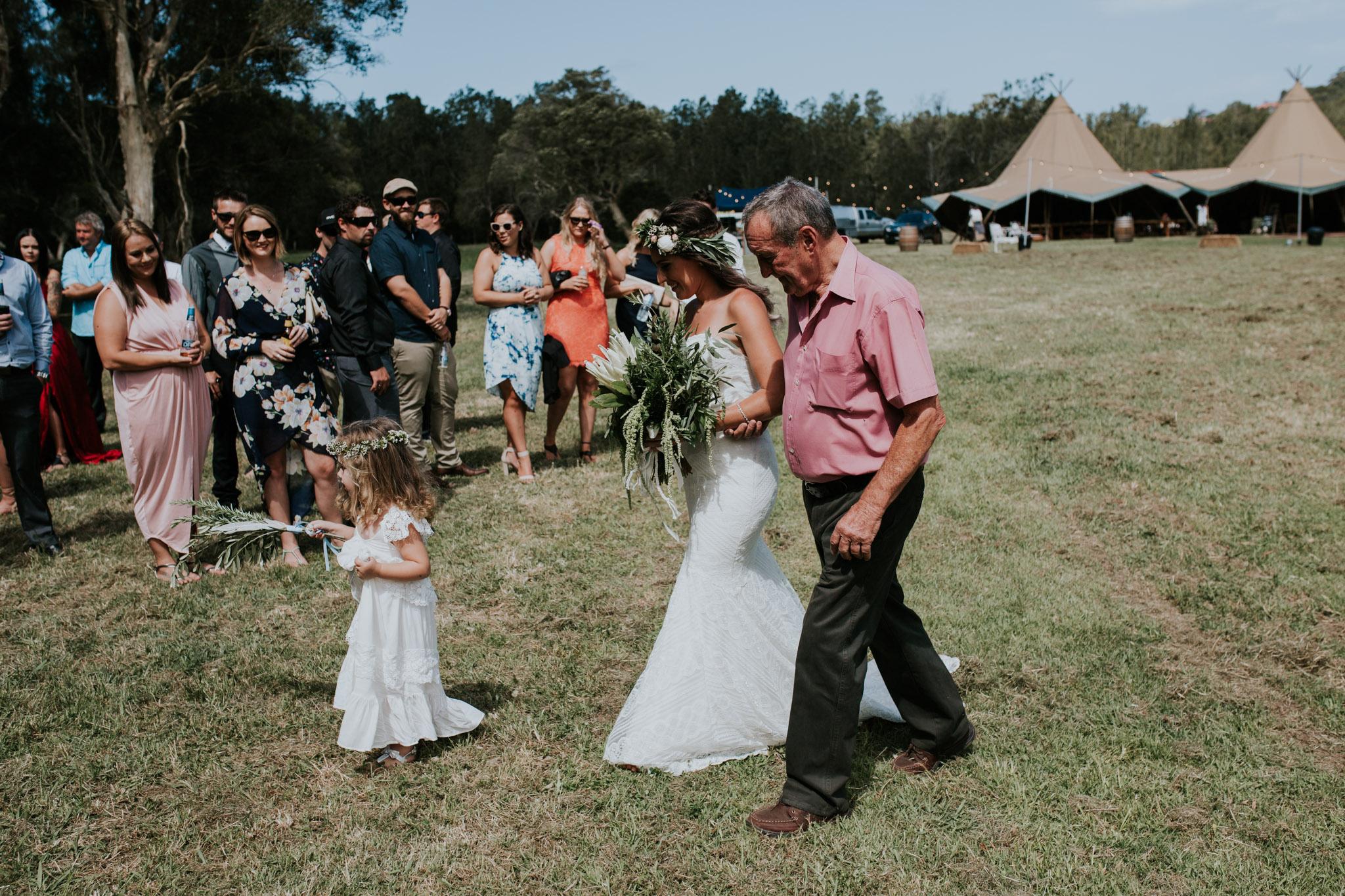 Tara_Luke_Jamberoo_Honey_farm_wedding-52.jpg
