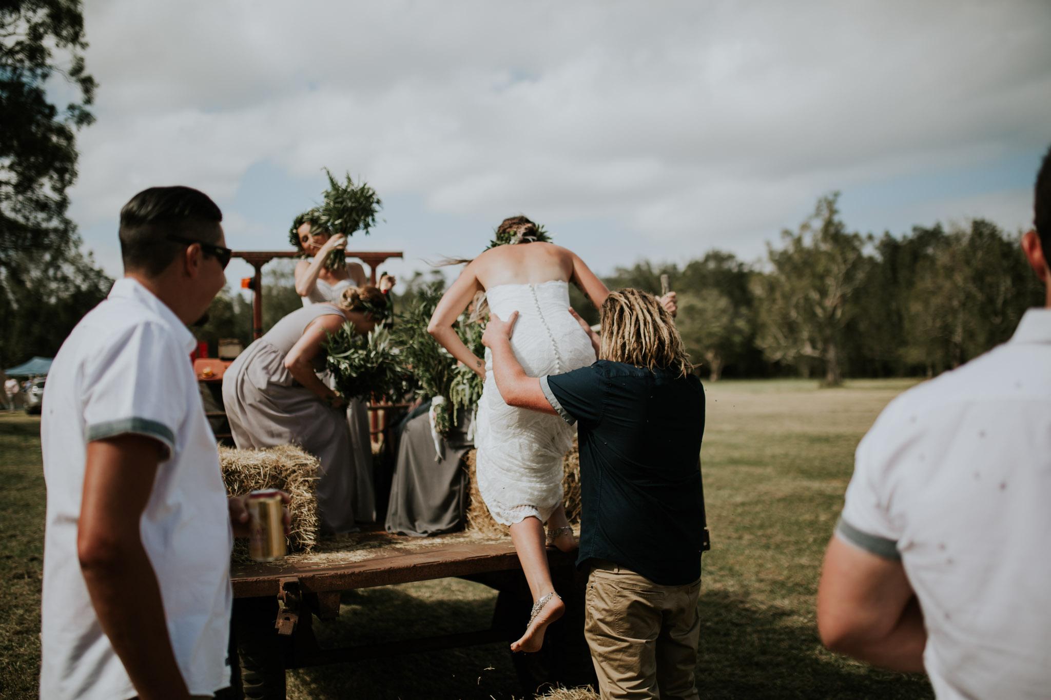 Tara_Luke_Jamberoo_Honey_farm_wedding-68.jpg