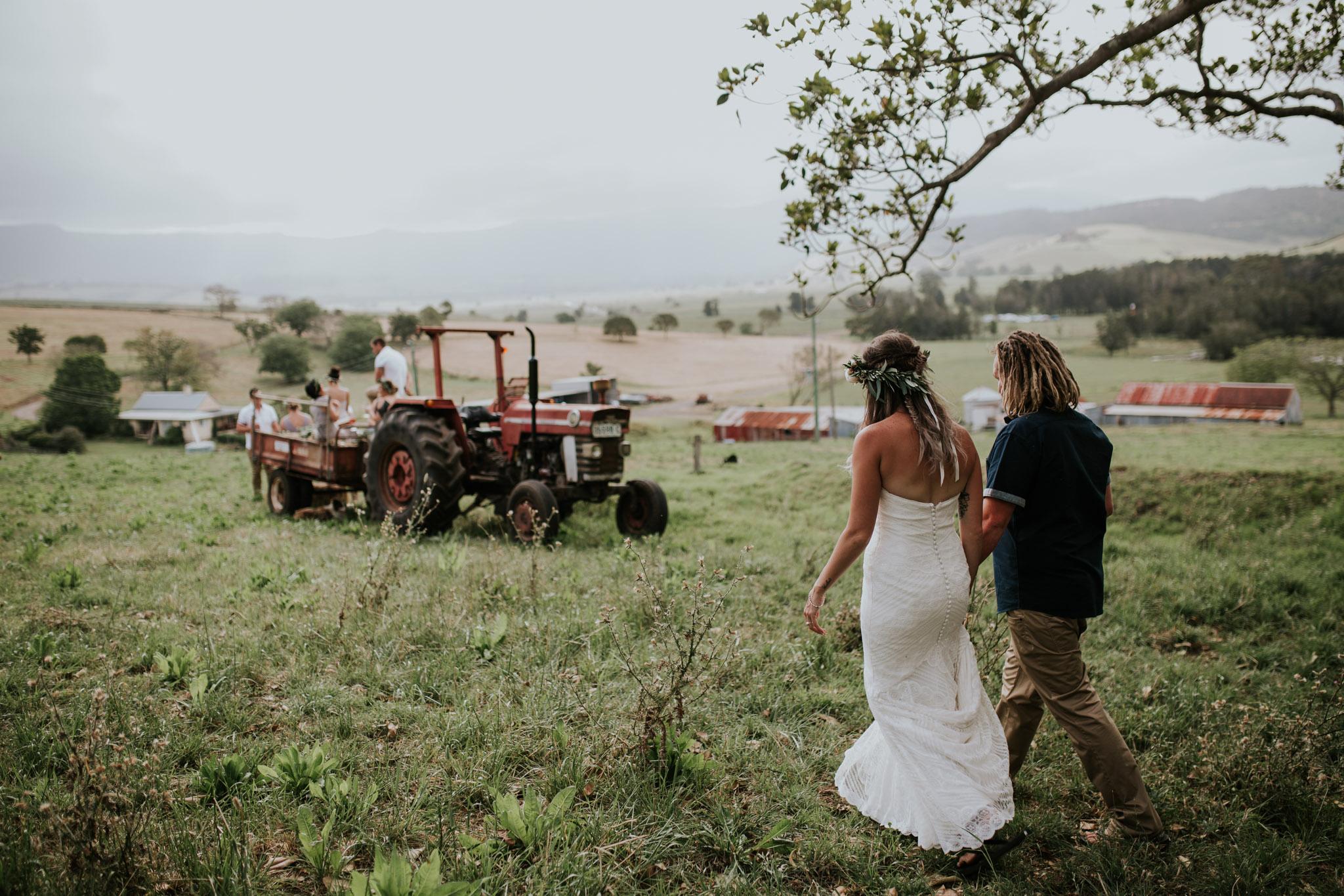 Tara_Luke_Jamberoo_Honey_farm_wedding-96.jpg
