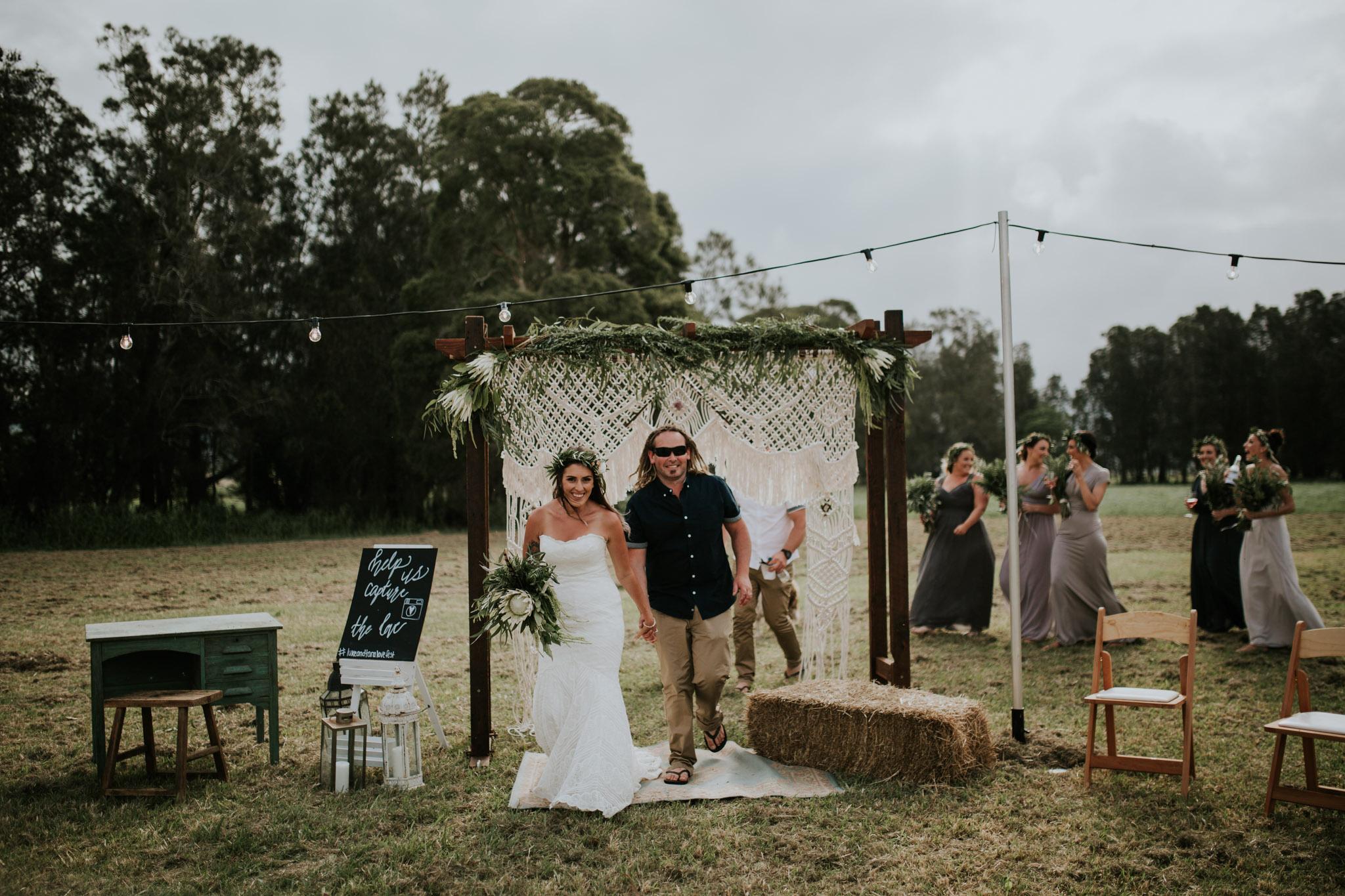 Tara_Luke_Jamberoo_Honey_farm_wedding-114.jpg
