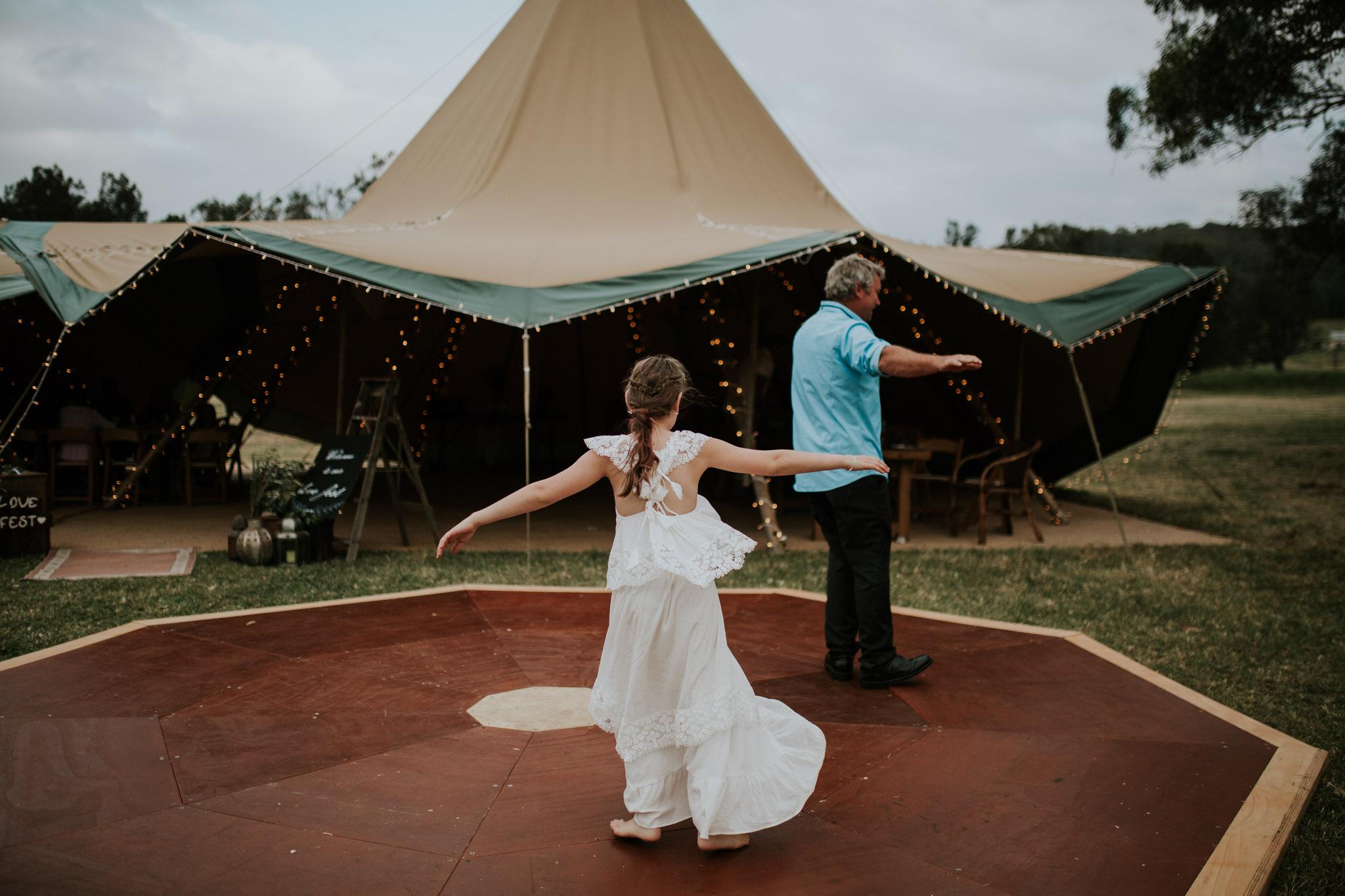 Tara_Luke_Jamberoo_Honey_farm_wedding-133.jpg