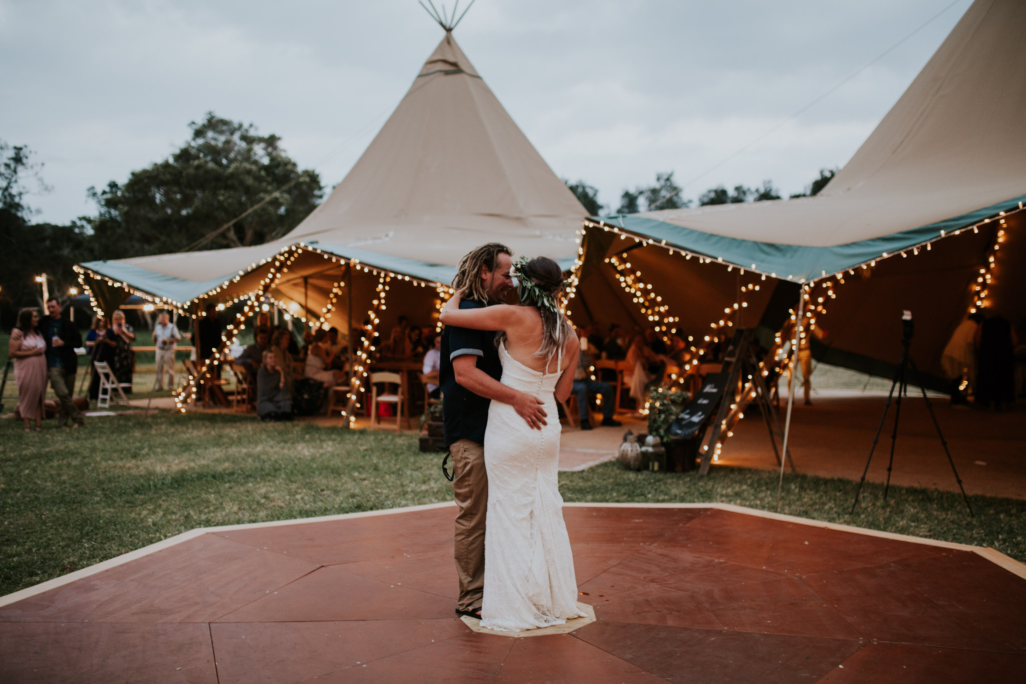 Tara_Luke_Jamberoo_Honey_farm_wedding-143.jpg