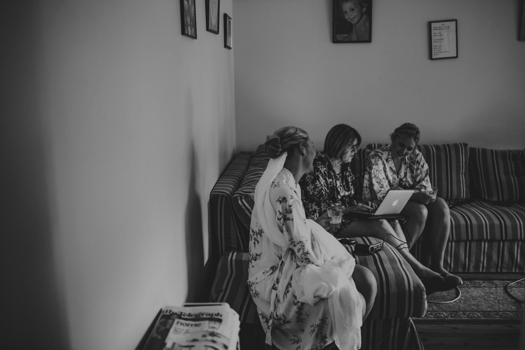Lucy+Kyle+Kiama+Sebel+wedding-30.jpg