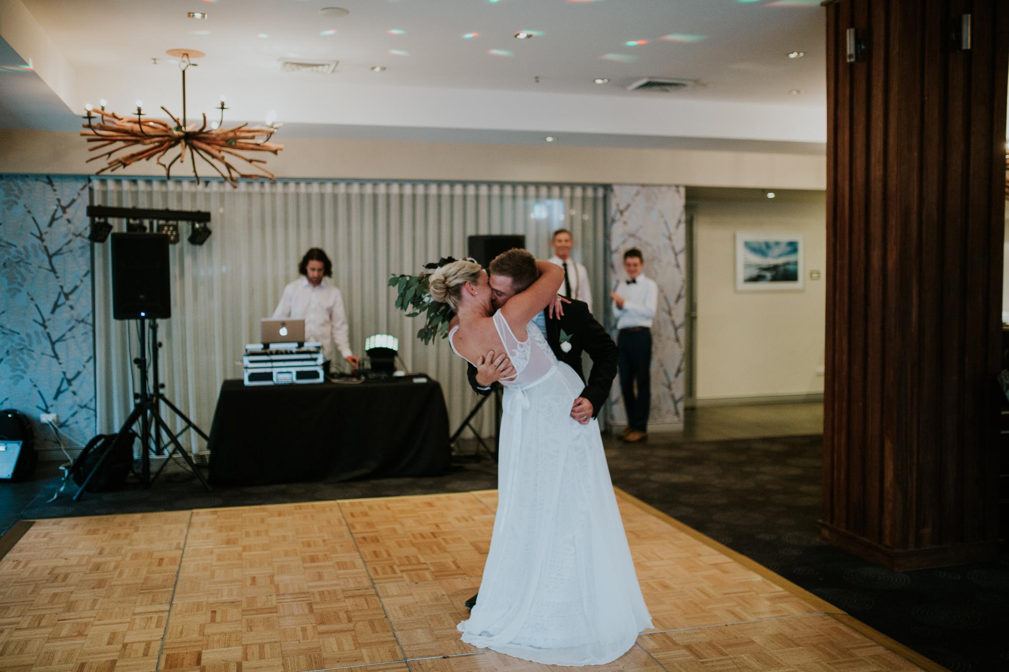 Lucy+Kyle+Kiama+Sebel+wedding-131.jpg