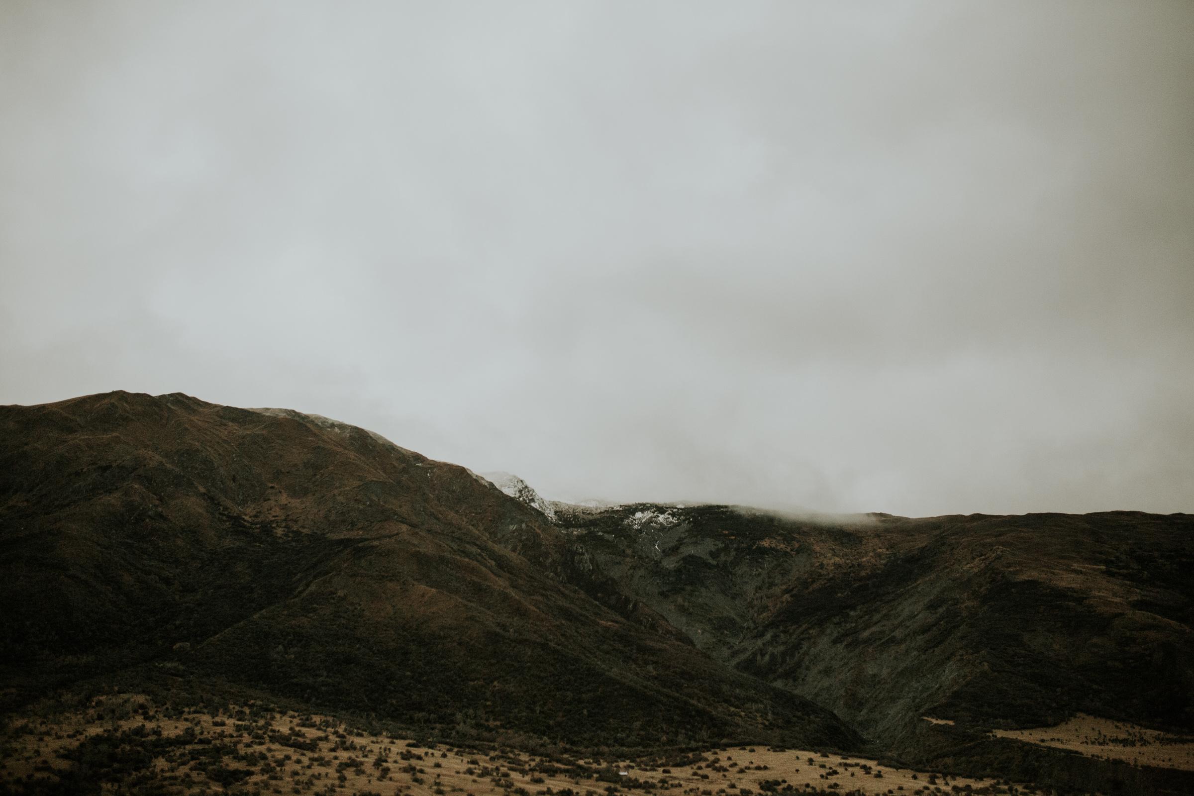 Hayden+Hannah+Gibbston+Valley+Couple+Session+New+Zealand-6.jpg