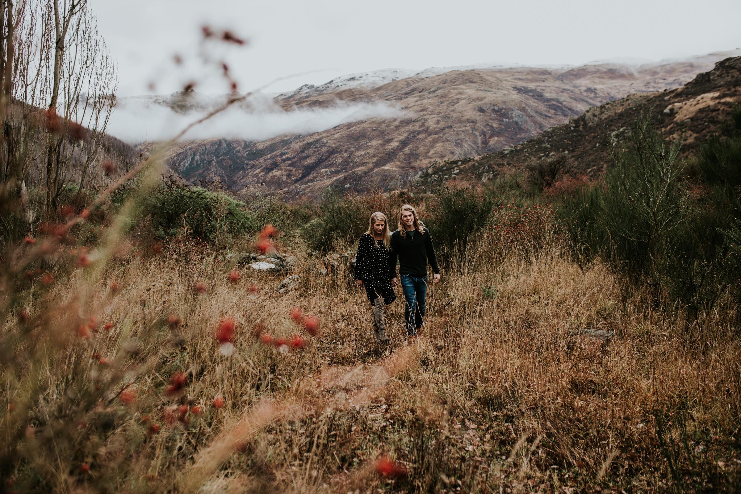 Hayden+Hannah+Gibbston+Valley+Couple+Session+New+Zealand-9.jpg