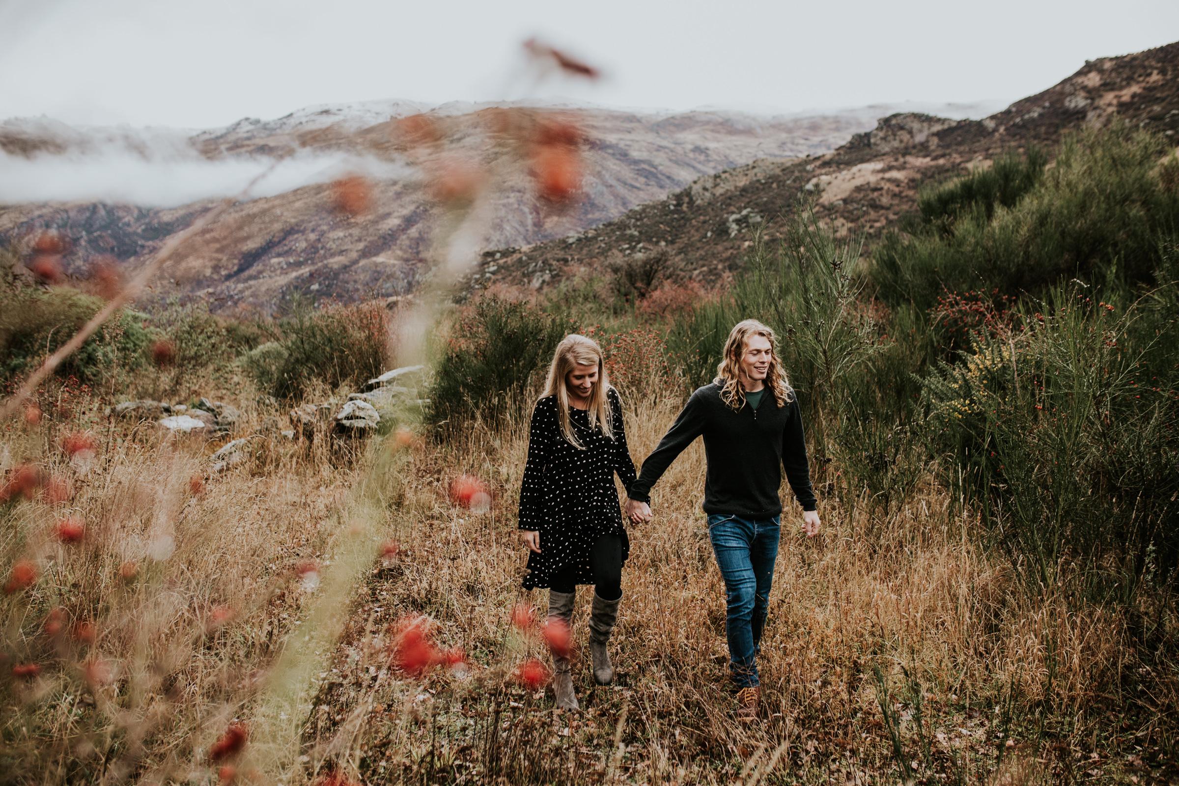 Hayden+Hannah+Gibbston+Valley+Couple+Session+New+Zealand-10.jpg
