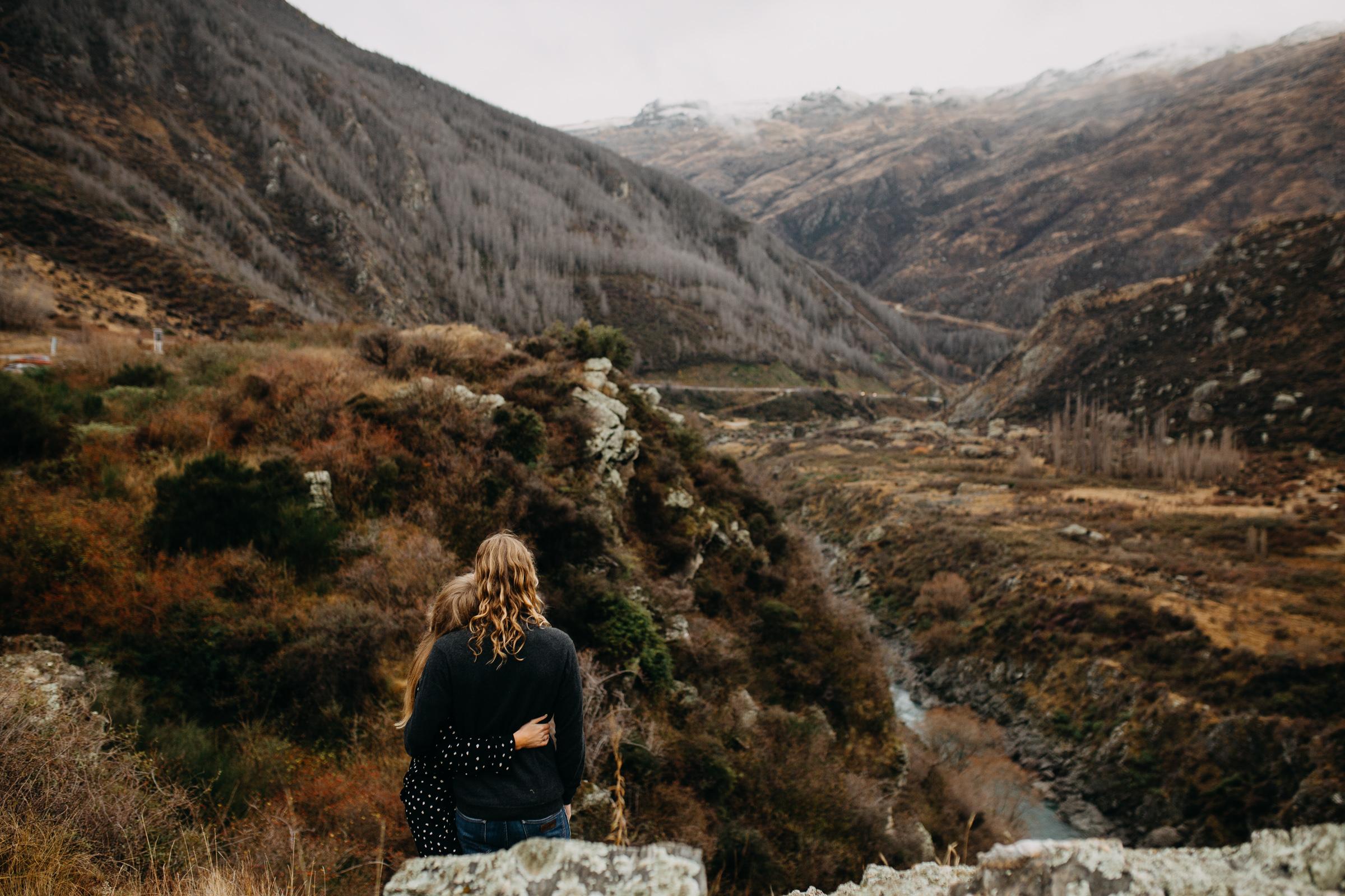 Hayden+Hannah+Gibbston+Valley+Couple+Session+New+Zealand-15.jpg
