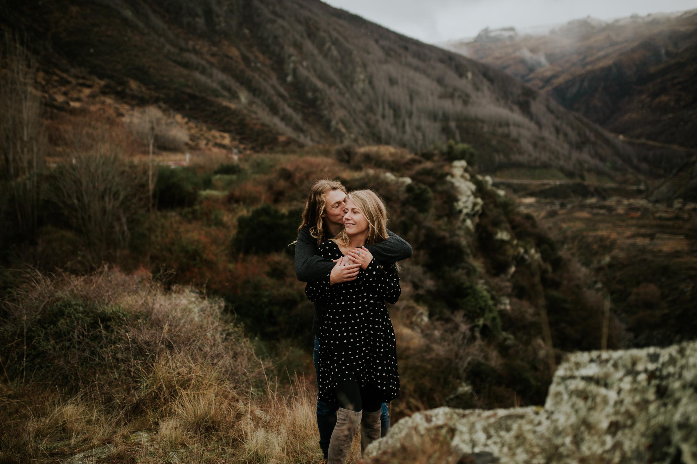 Hayden+Hannah+Gibbston+Valley+Couple+Session+New+Zealand-20.jpg