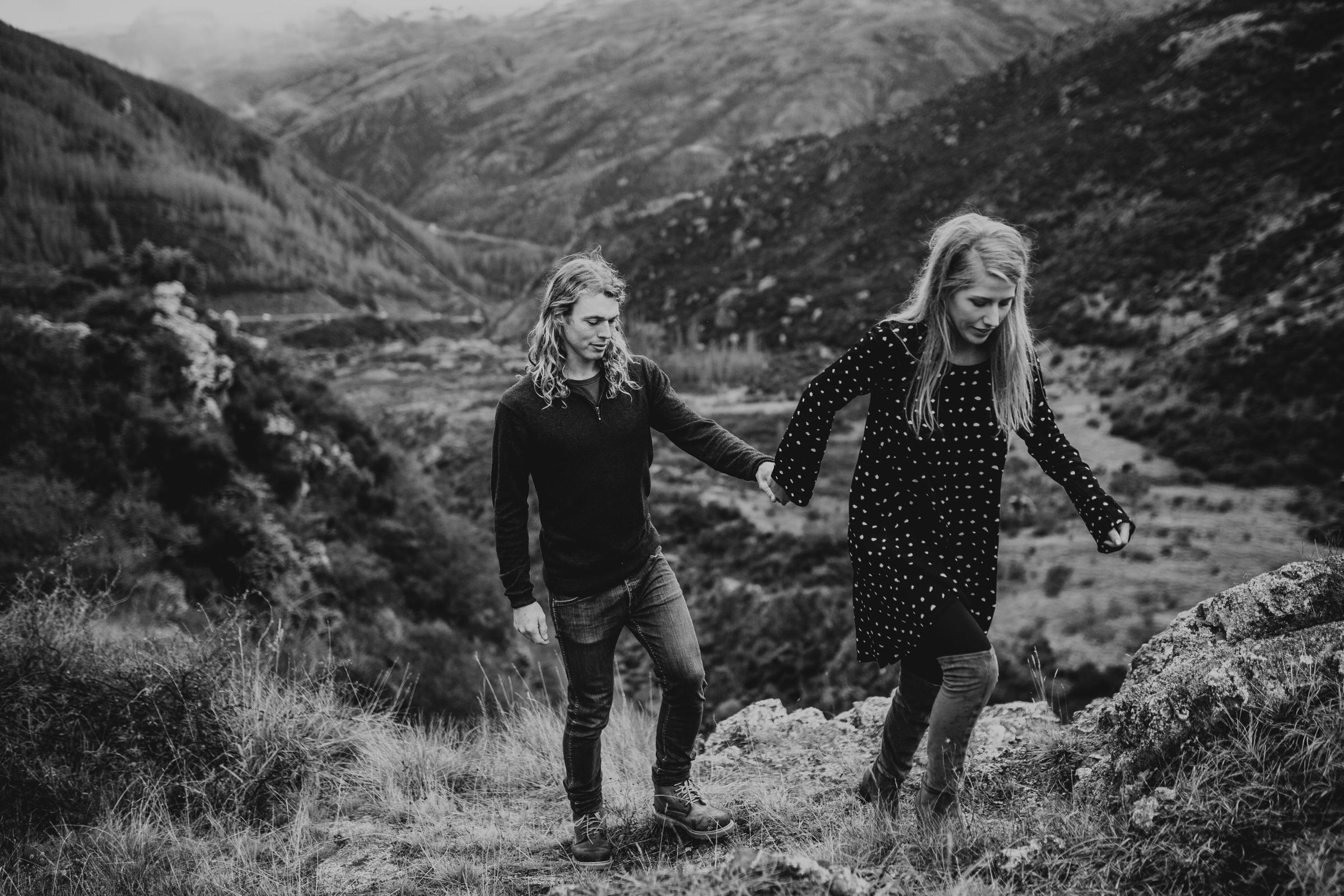 Hayden+Hannah+Gibbston+Valley+Couple+Session+New+Zealand-24.jpg