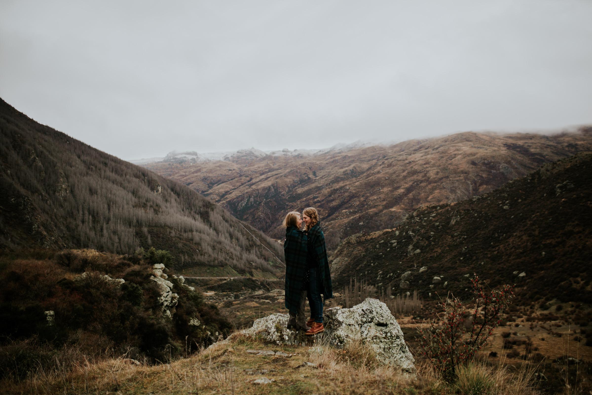 Hayden+Hannah+Gibbston+Valley+Couple+Session+New+Zealand-25.jpg