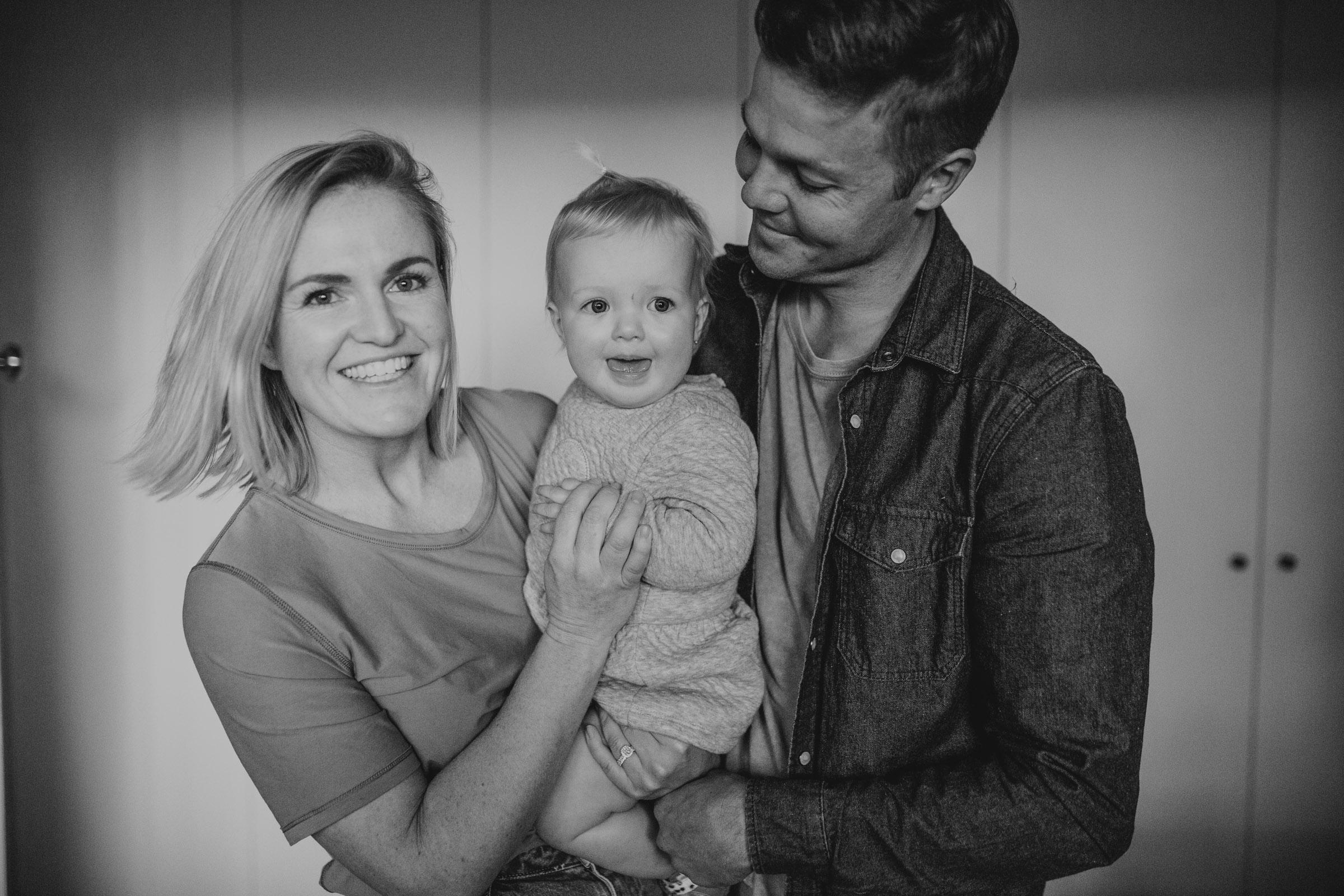 ROB+LOZ+ELKIE+KOCH+FAMILY+INHOME+LIFESTYLE+SESSION-115.jpg