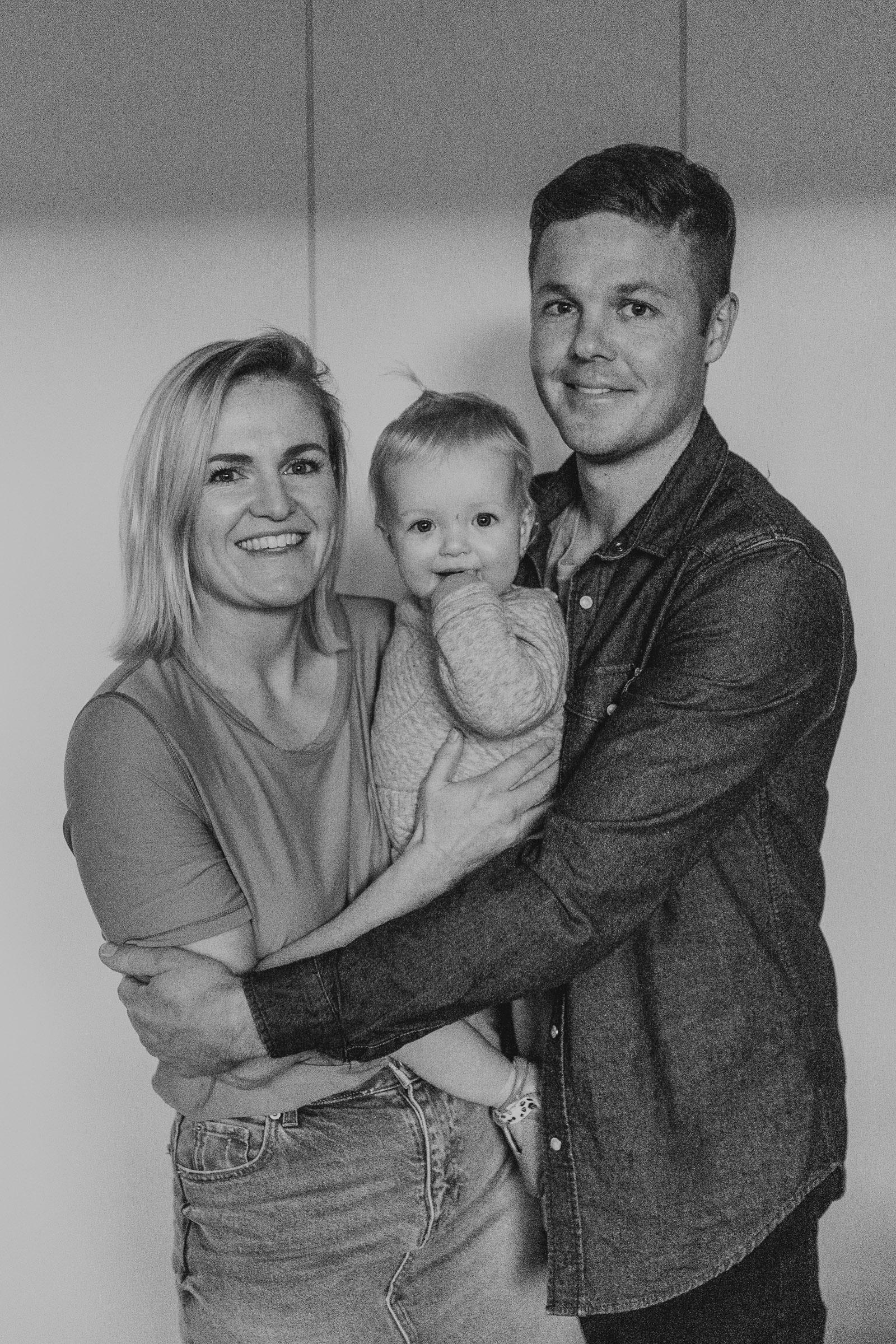 ROB+LOZ+ELKIE+KOCH+FAMILY+INHOME+LIFESTYLE+SESSION-114.jpg