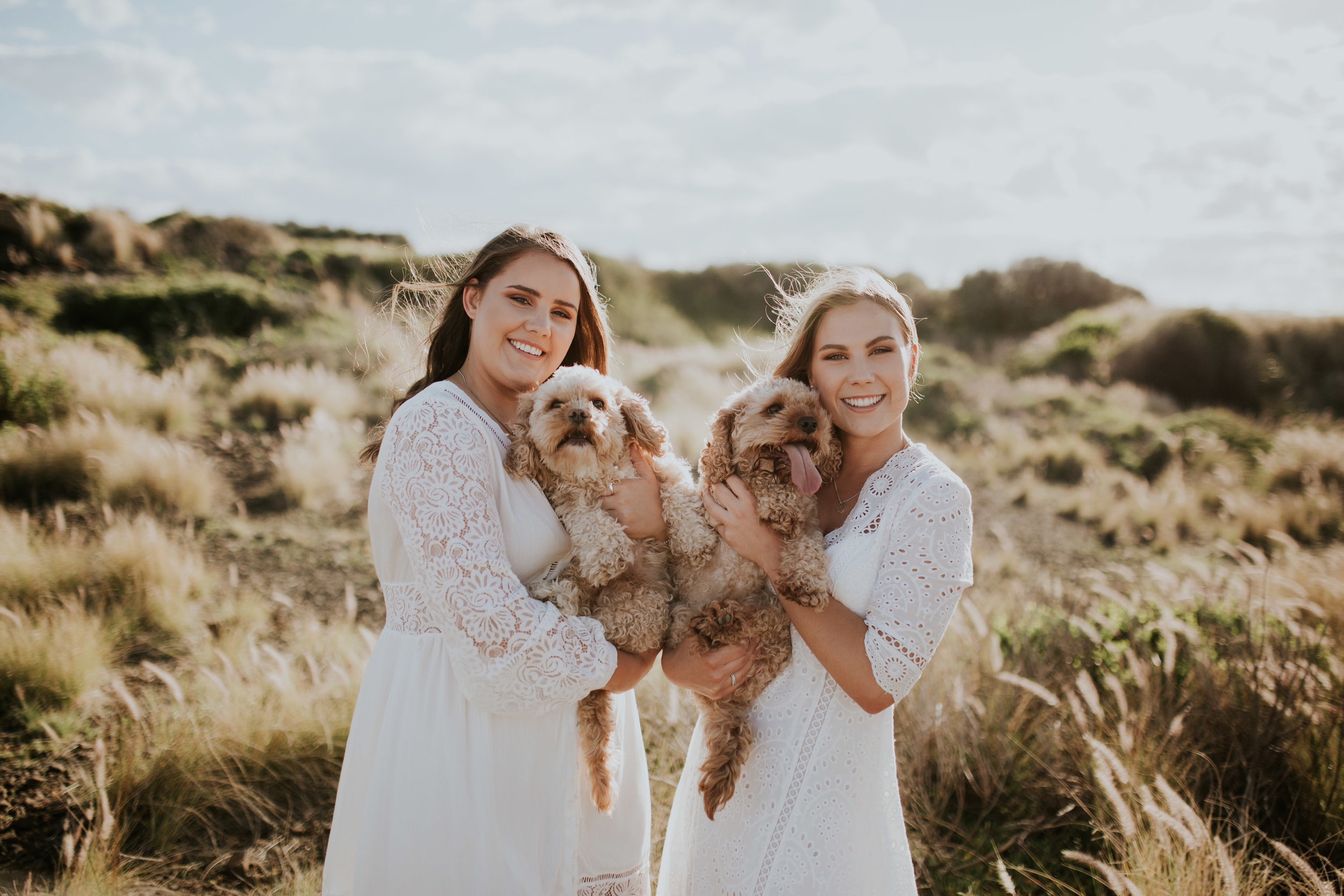 Meg+Leah+sisters+Relaxed+family+Session+Kiama+-5.jpg