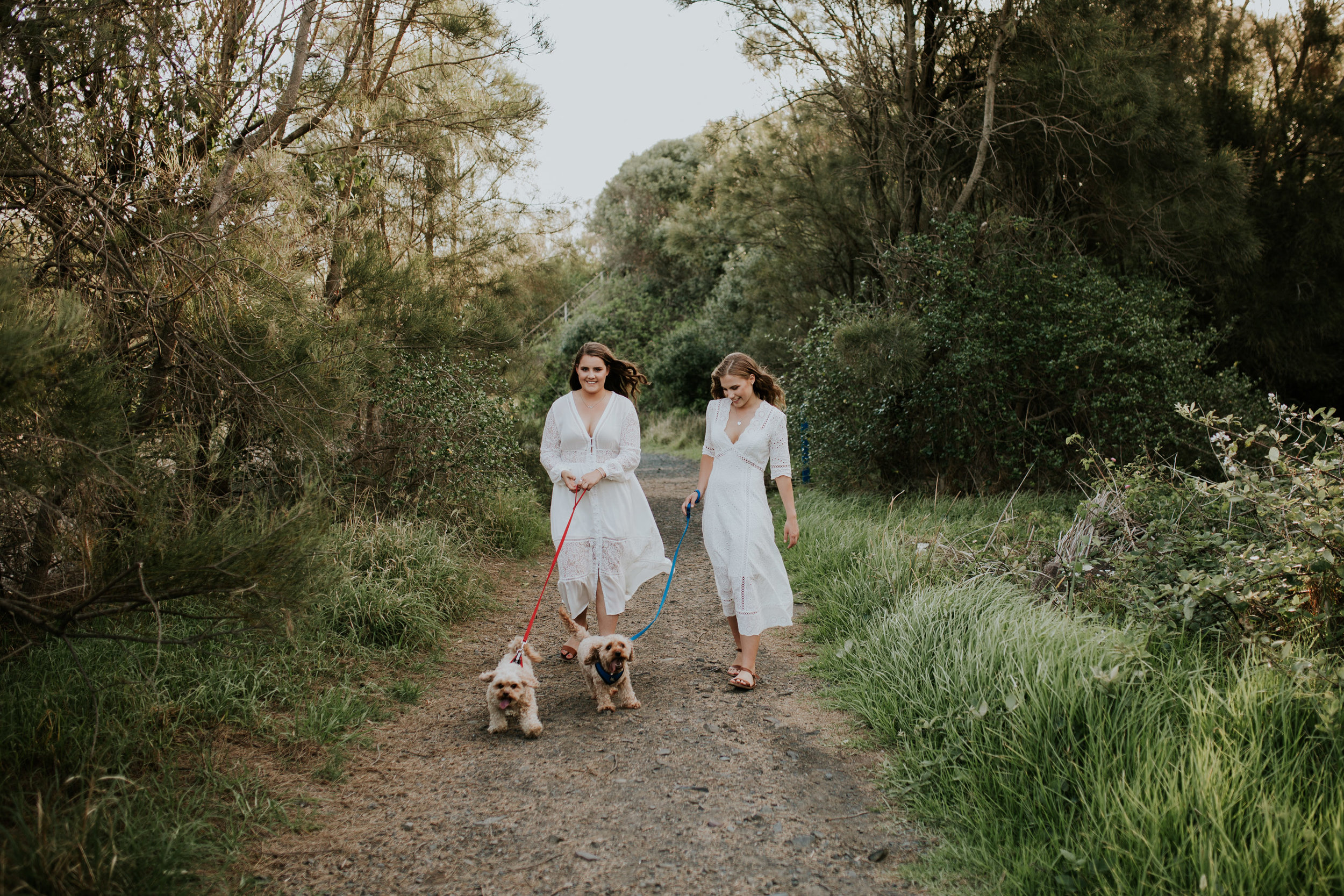Meg+Leah+sisters+Relaxed+family+Session+Kiama+-13.jpg