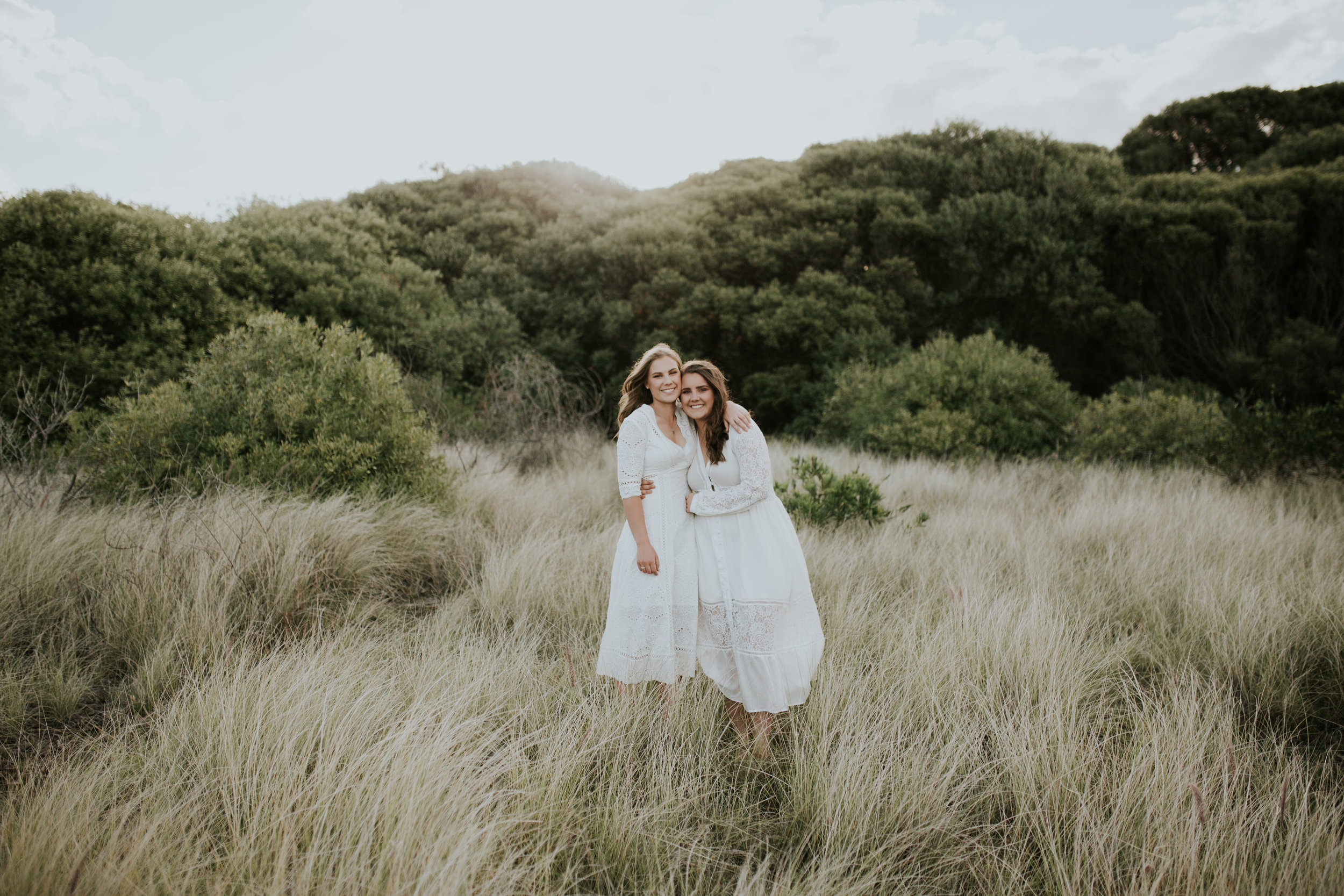 Meg+Leah+sisters+Relaxed+family+Session+Kiama+-16.jpg