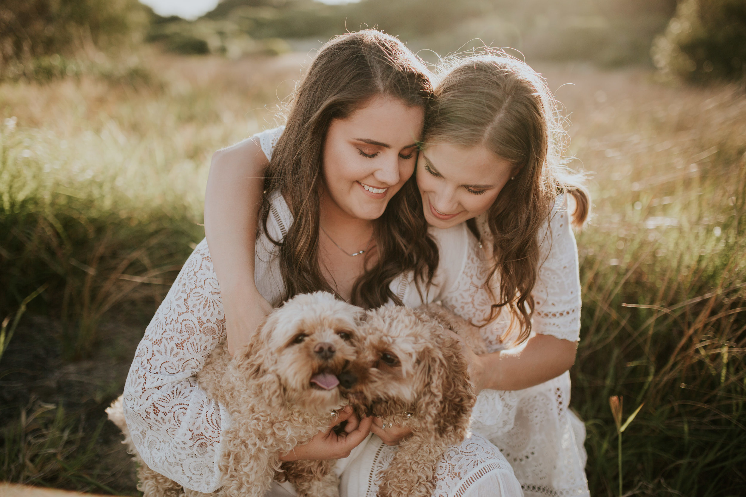 Meg+Leah+sisters+Relaxed+family+Session+Kiama+-30.jpg