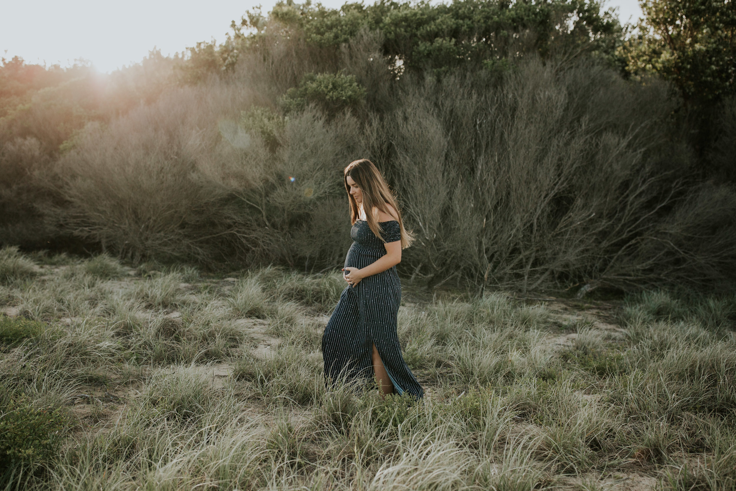 AMY+ANDREW+SHOALHAVEN+HEADS+BEACH+MATERNITY+SESSION+CANDID-10.jpg
