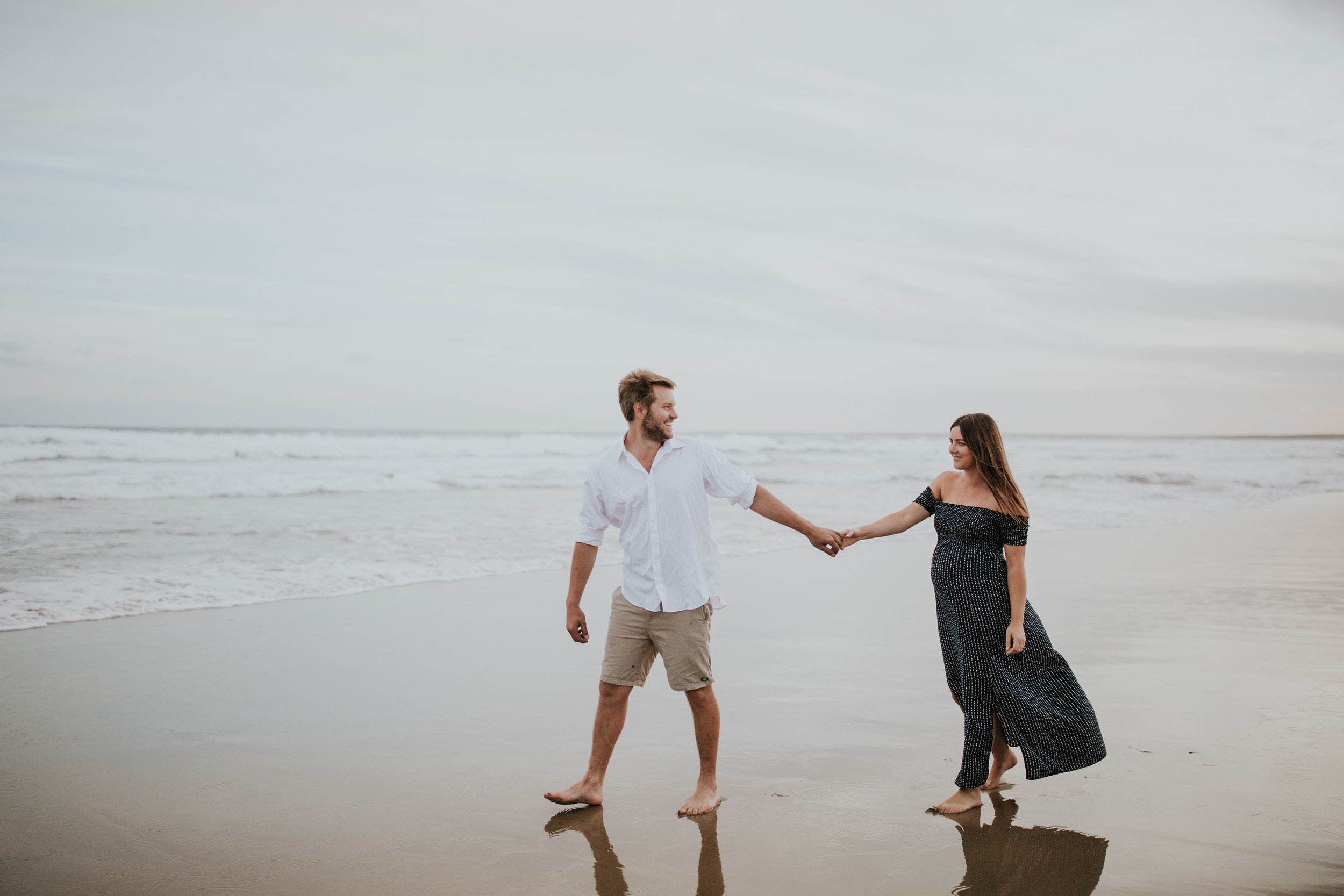 AMY+ANDREW+SHOALHAVEN+HEADS+BEACH+MATERNITY+SESSION+CANDID-23.jpg
