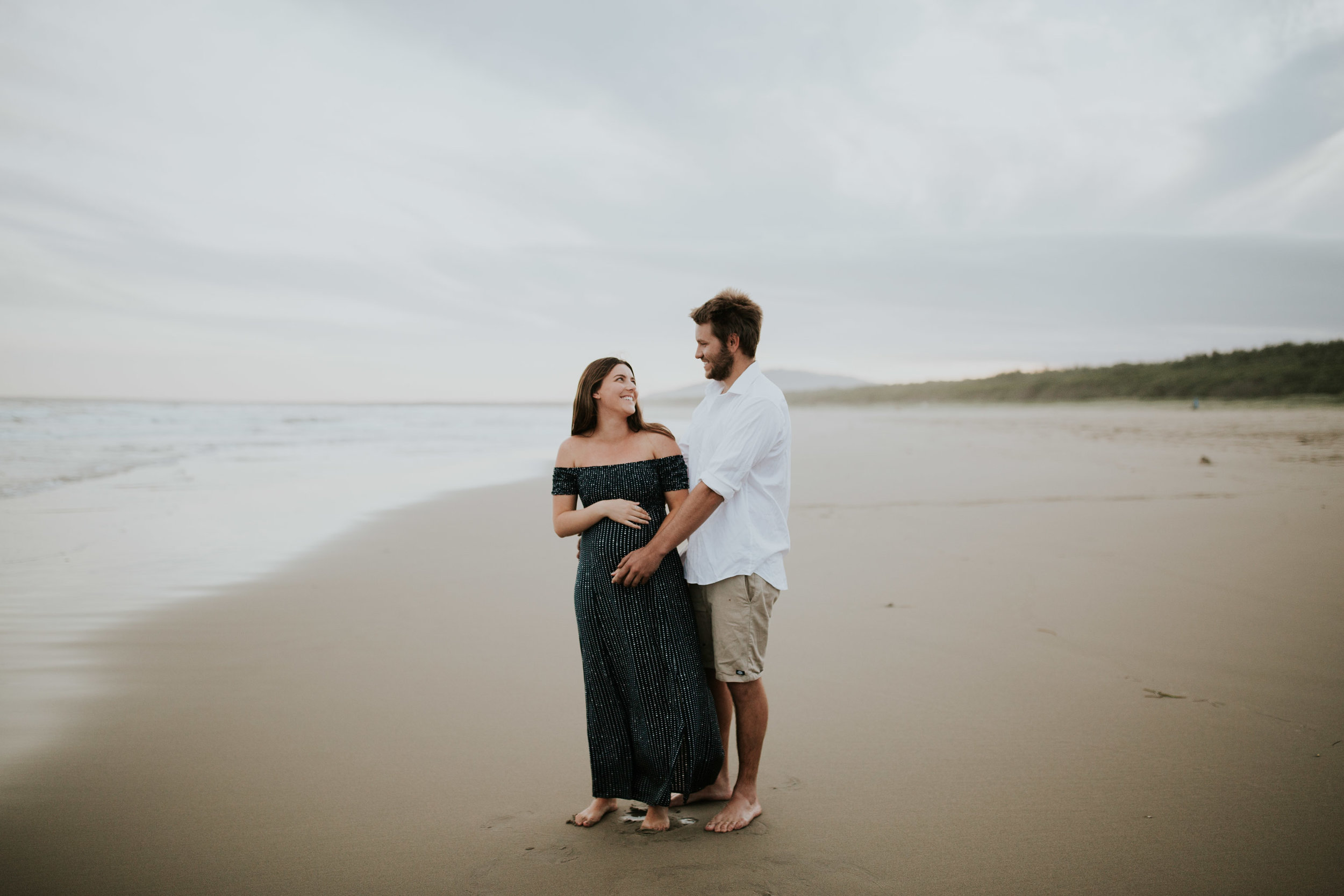 AMY+ANDREW+SHOALHAVEN+HEADS+BEACH+MATERNITY+SESSION+CANDID-24.jpg