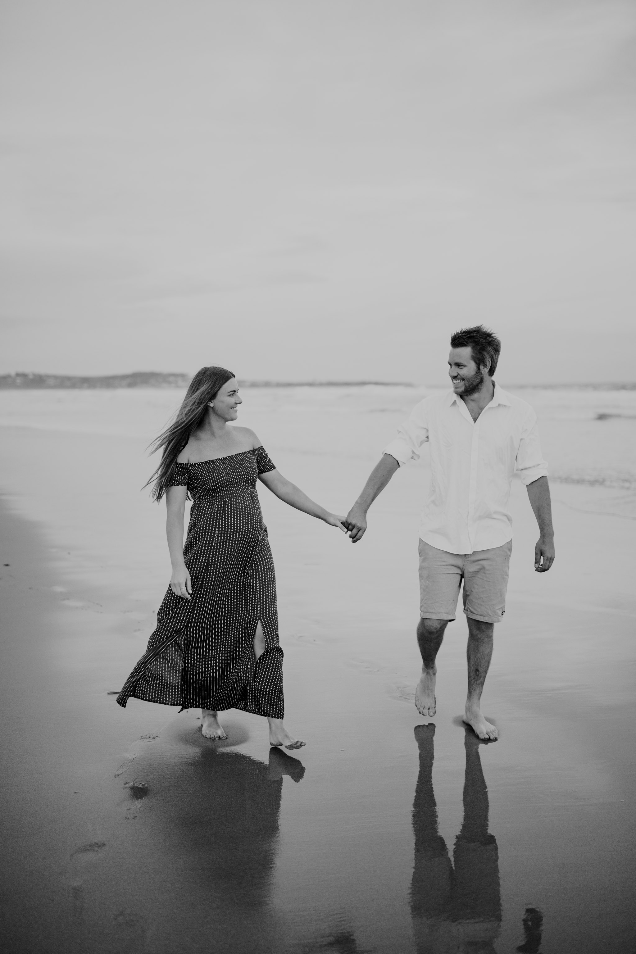 AMY+ANDREW+SHOALHAVEN+HEADS+BEACH+MATERNITY+SESSION+CANDID-26.jpg