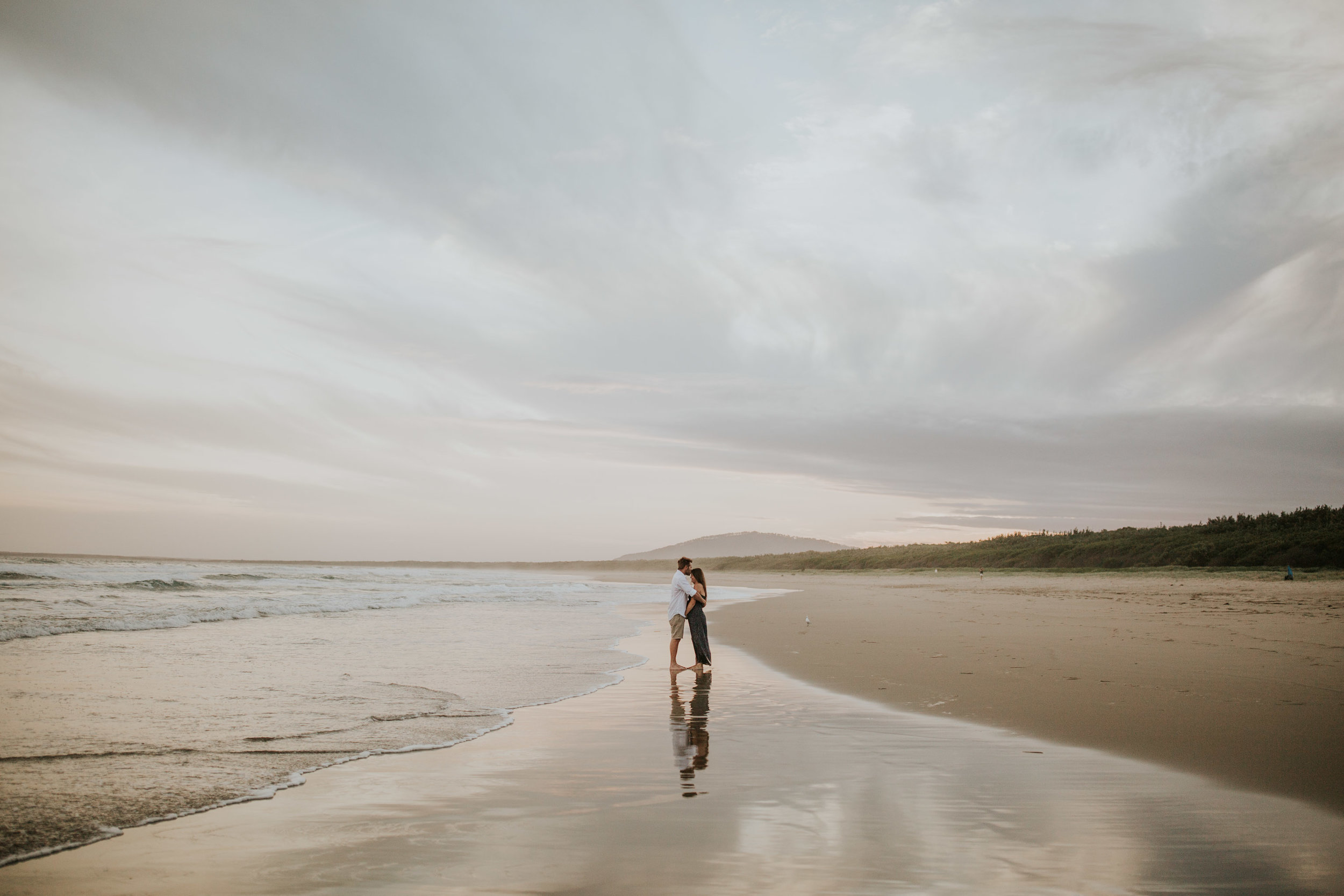 AMY+ANDREW+SHOALHAVEN+HEADS+BEACH+MATERNITY+SESSION+CANDID-32.jpg