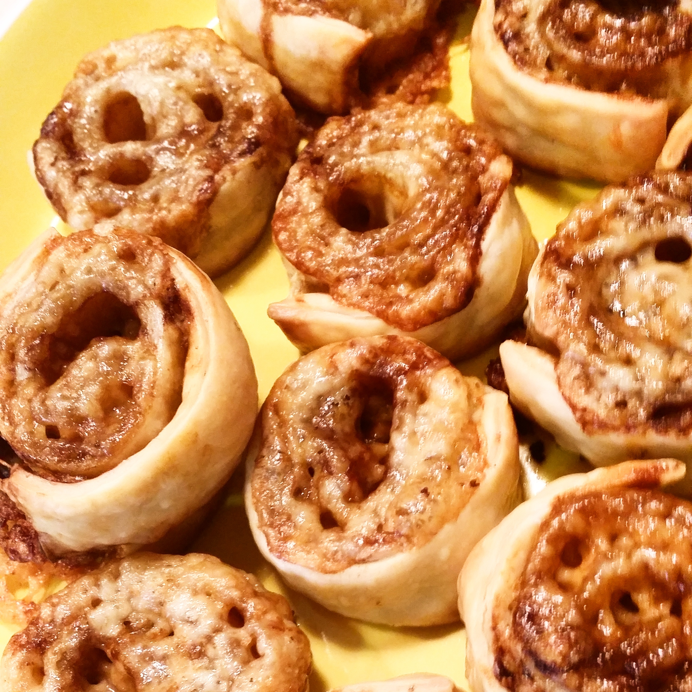 Cheese and Vegemite Scrolls Recipe Mama Pyjama