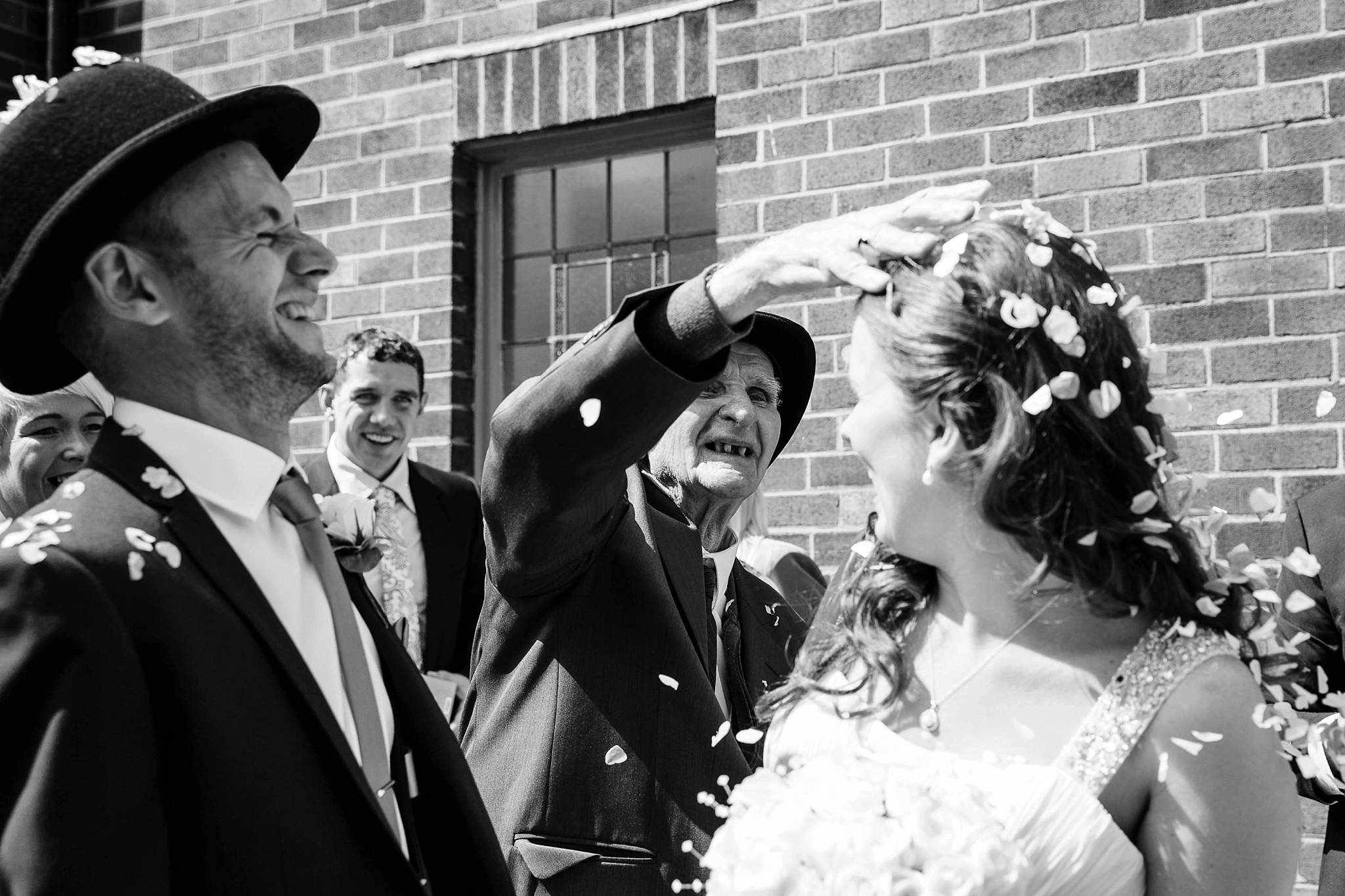 Natural wedding photography Manchester - Clare Robinson Photography_0040.jpg