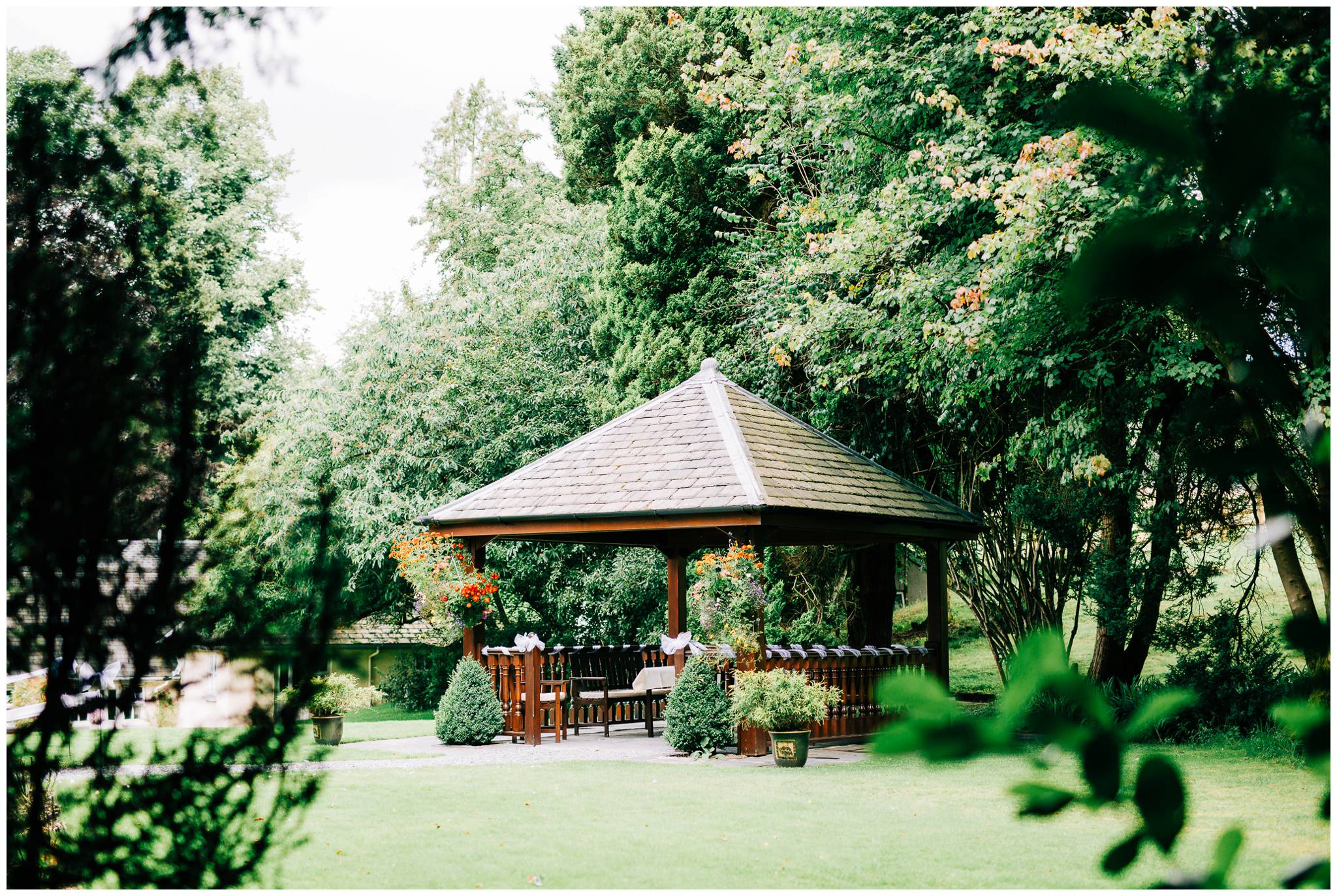 Natural wedding photography Manchester - Clare Robinson Photography_0157.jpg