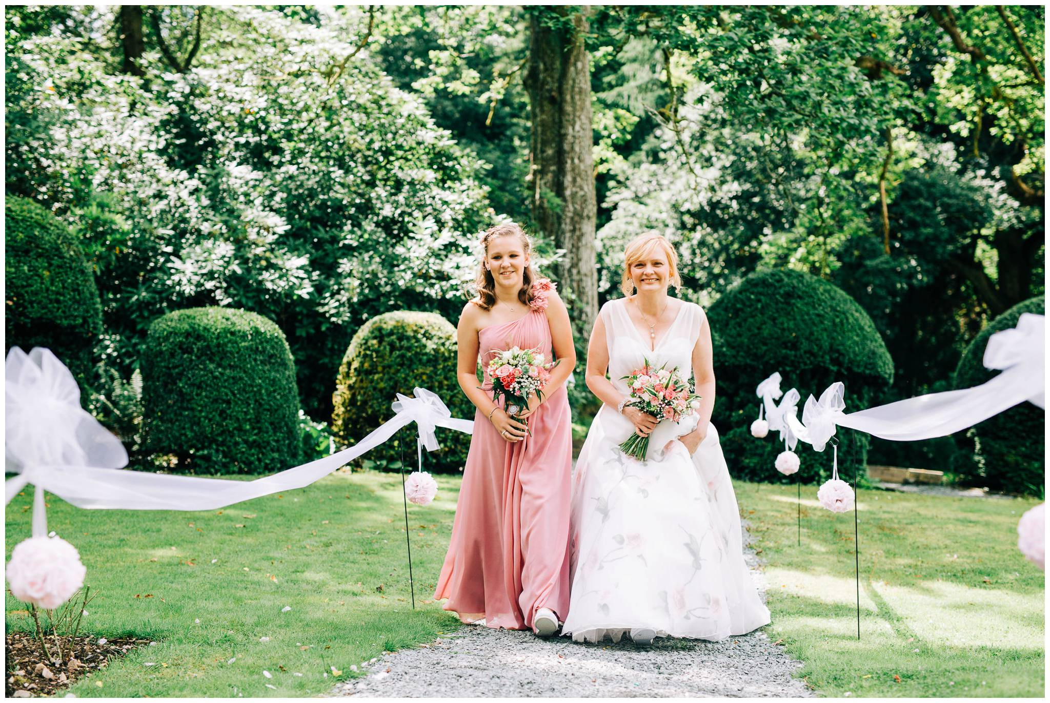 Natural wedding photography Manchester - Clare Robinson Photography_0177.jpg