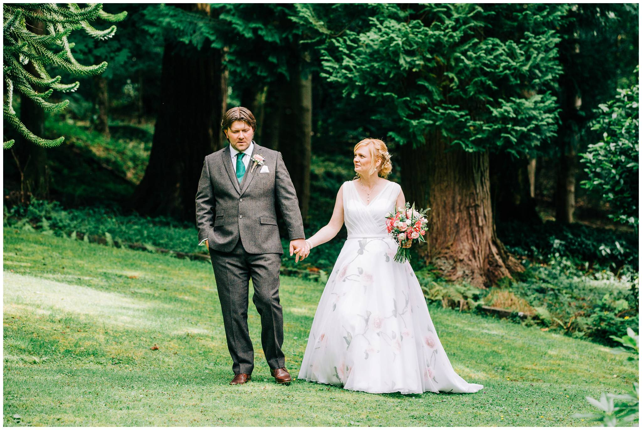 Natural wedding photography Manchester - Clare Robinson Photography_0198.jpg