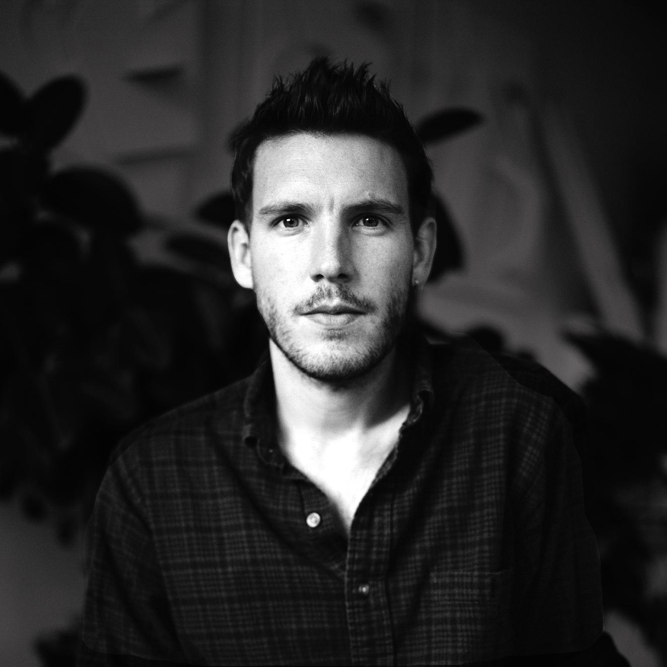 say hi to_ Robert Storey | London | Spatial Designer