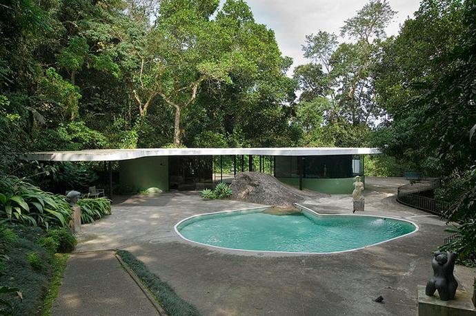 OscarNeimeyer_Casa-das-Canoas3.png
