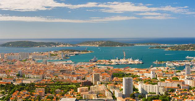 say hi to_ Toulon