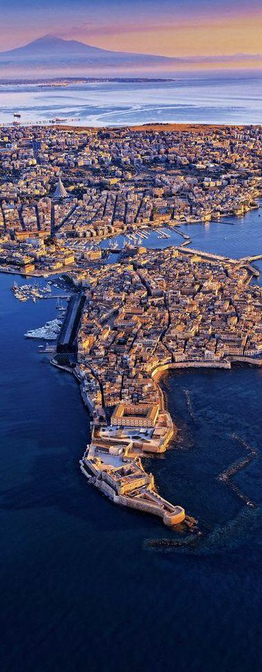 say hi to_ Syracuse Sicily Italy