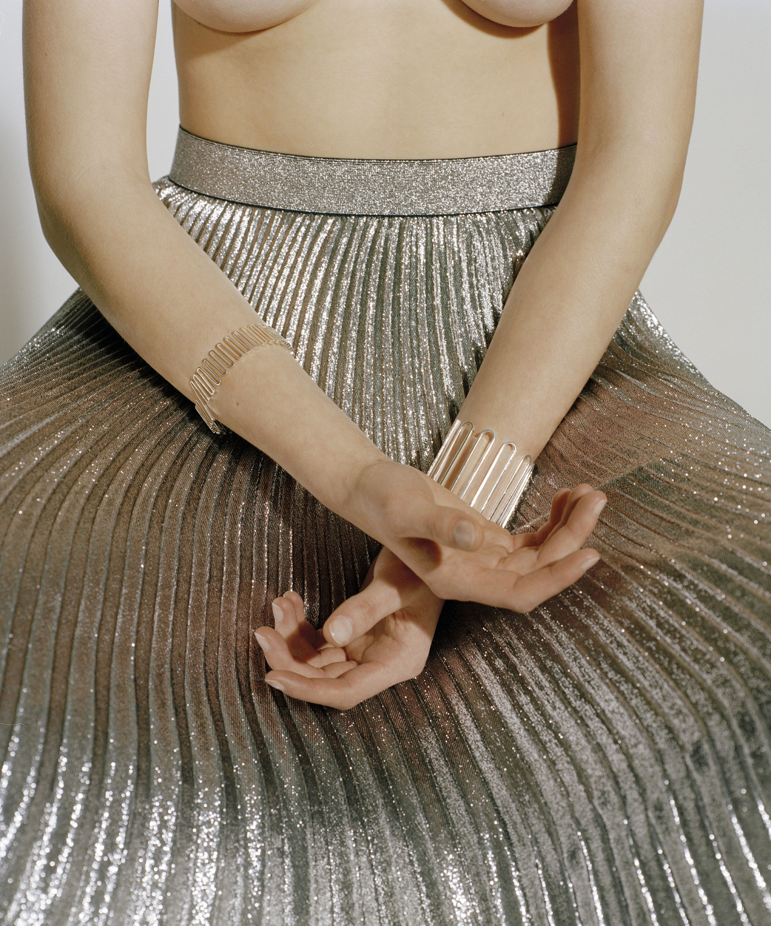 say hi to_ Amelie Riech from Uncommon Matters and the bracelet from the Momentum Flow collection