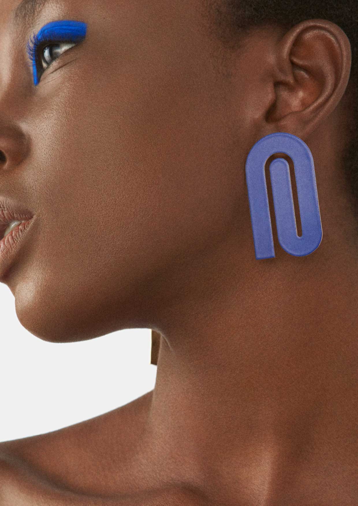 say hi to_ Amelie Riech from Uncommon Matters and the earring from the Bold Rythm collection