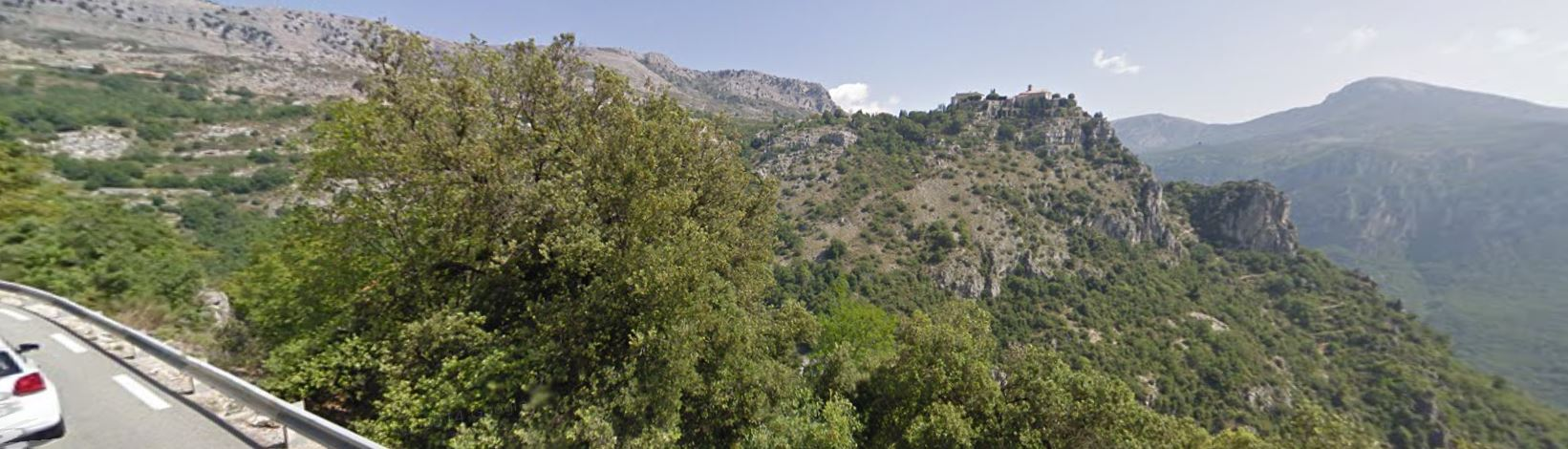 The view on the long slow road to Gourdon.