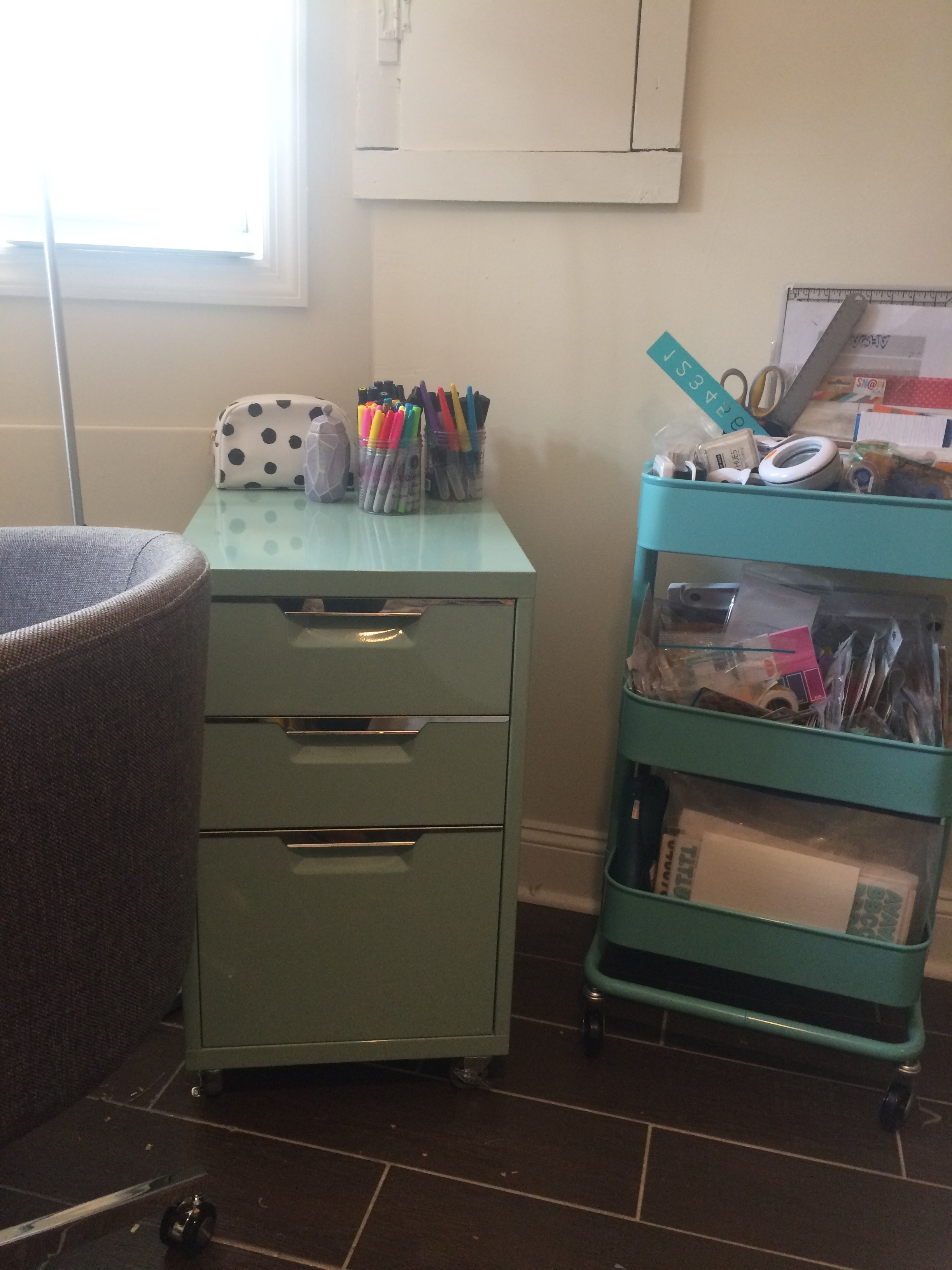 Filing cabinet art storage