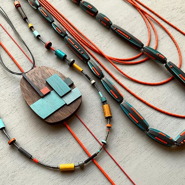 i'm delighted to be showing again this year with @denovo_finecontemporaryjewelry for their annual valentino's show! opening this saturday, january 26, and running through february 28. if you're near palo alto, stop by!