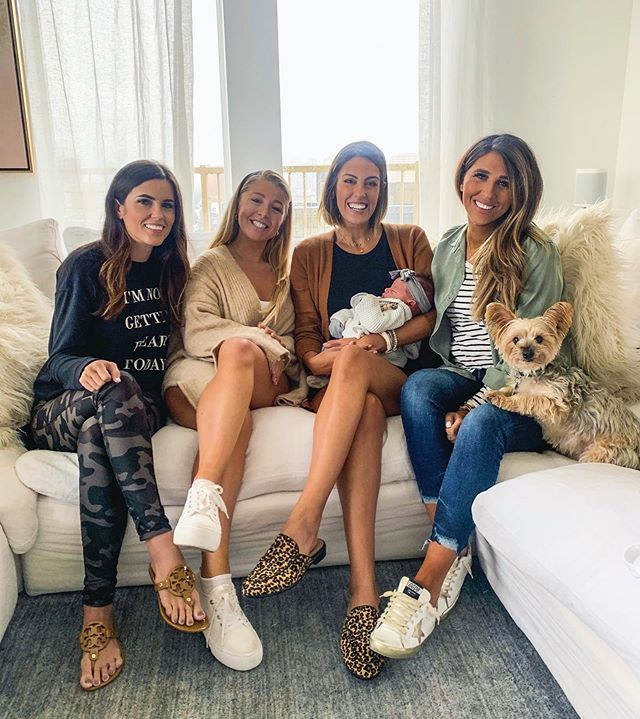 There are 2 stars in this photo: Rosie and Chuy😁😍 So much fun meeting baby Rosie today #dollbaby & getting to catch up with friends. Hope you all had the best Tuesday! Sharing my newest Amazon obsession on stories & I'll have a full try-on for y'all next week! #girlfriends #babygirl