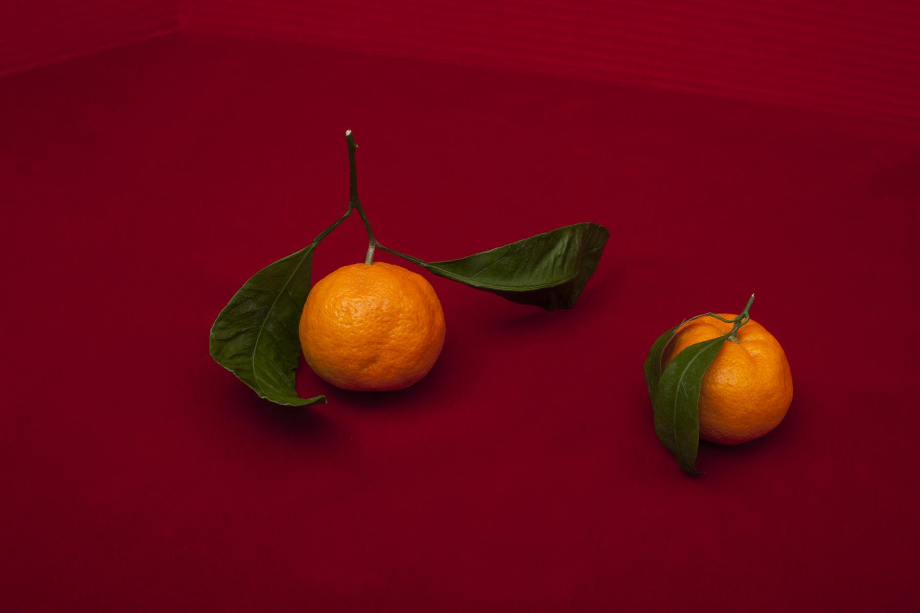 mandarinonred036.jpg
