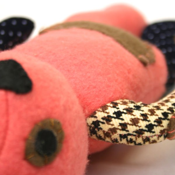 Pink-Threadies-Teddy-Bear-Buy-One-Donate-to-Syrian-refugee-children-soft-fabric.JPG